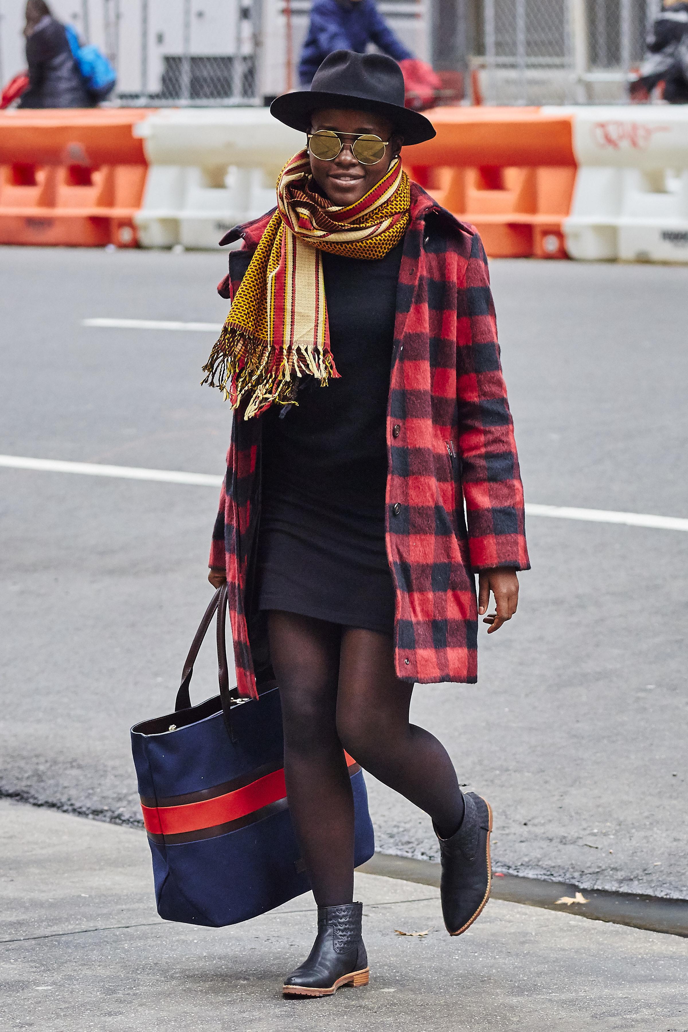 Lupita Nyong'o street style - Lupita Nyong'o's best style ...