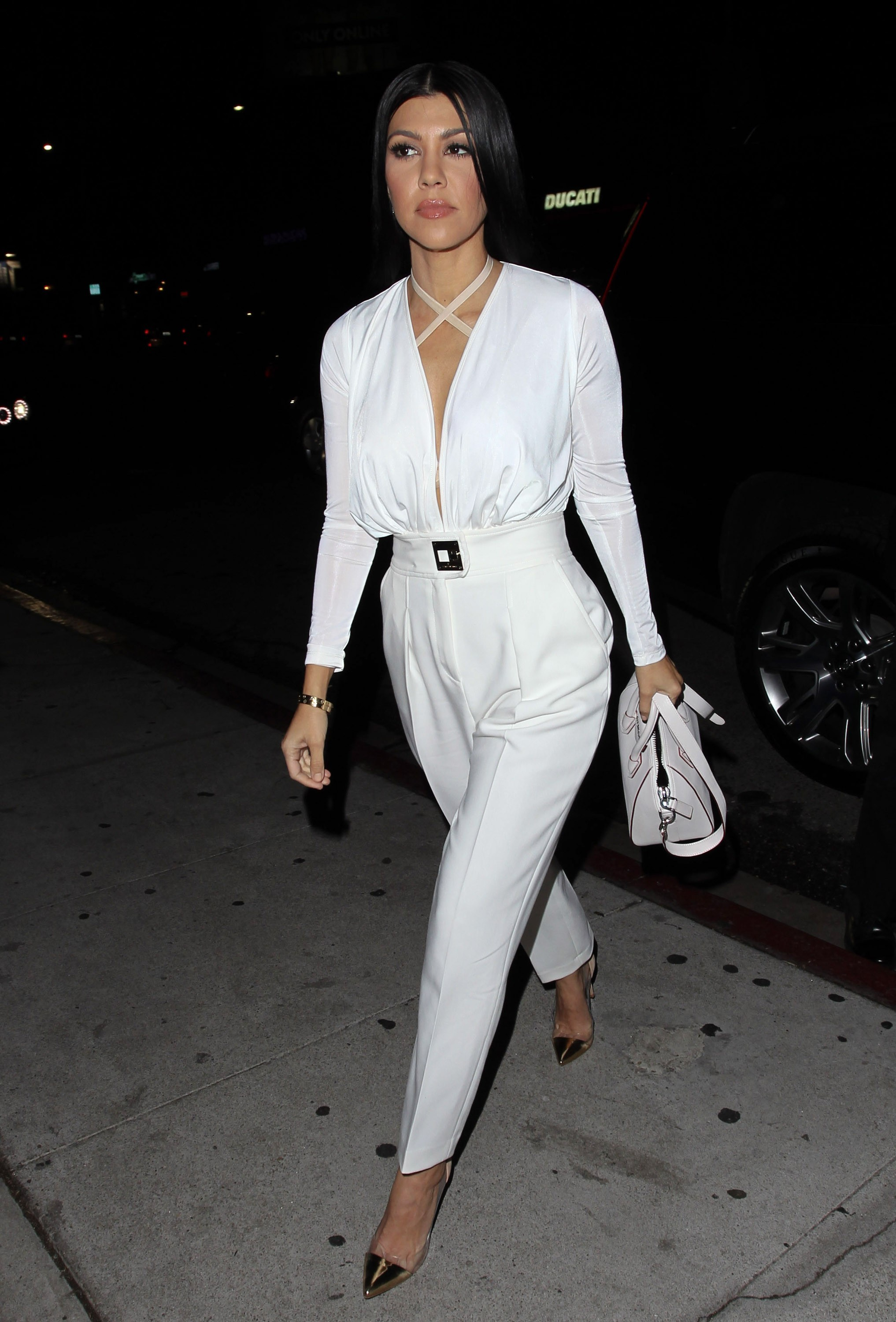 kourtney kardashian white
