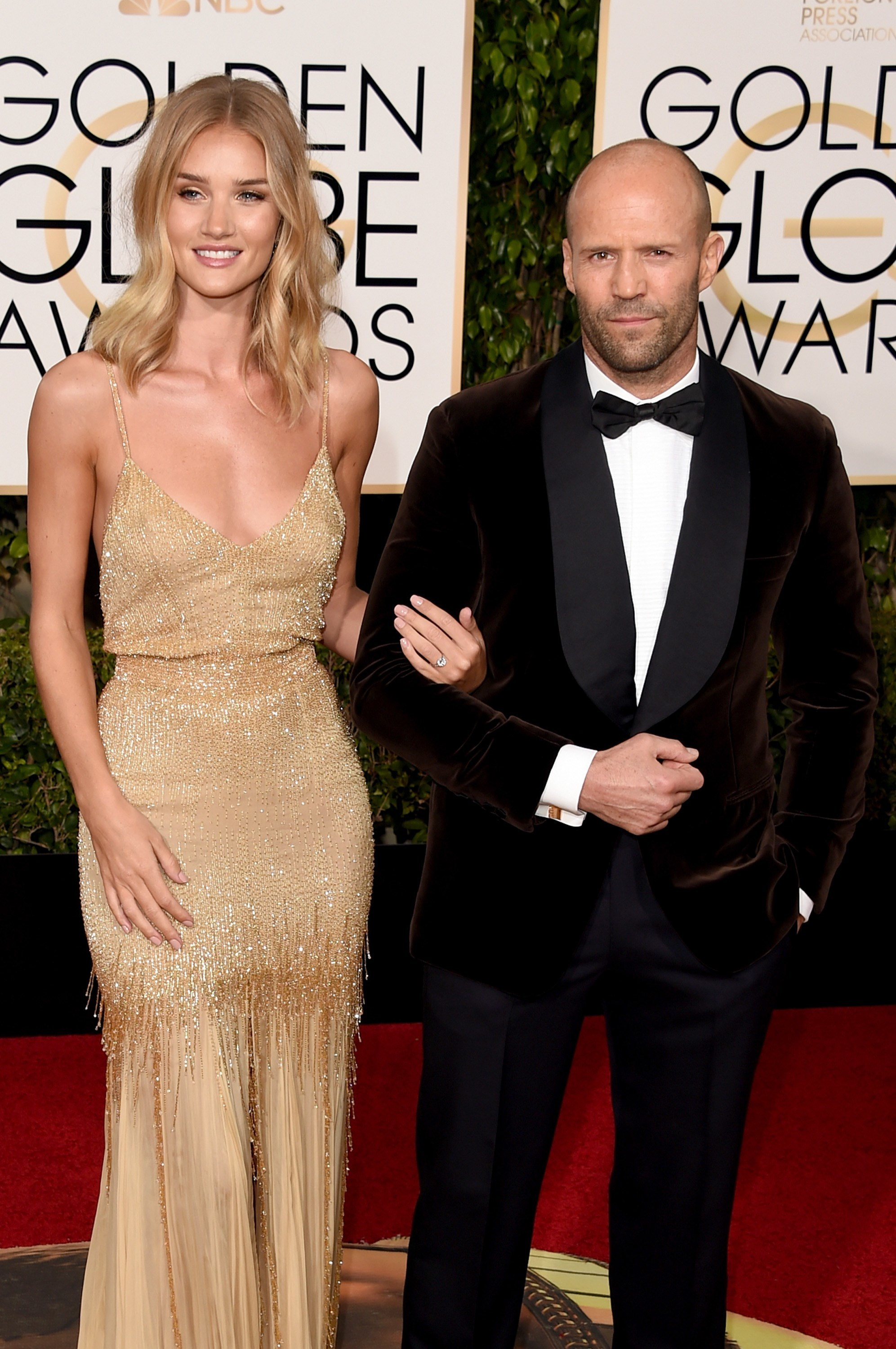 rosie huntington whiteley jason statham engaged