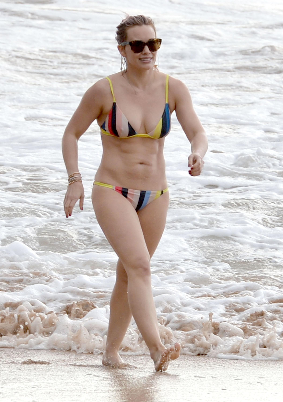hilary duff beach bikini