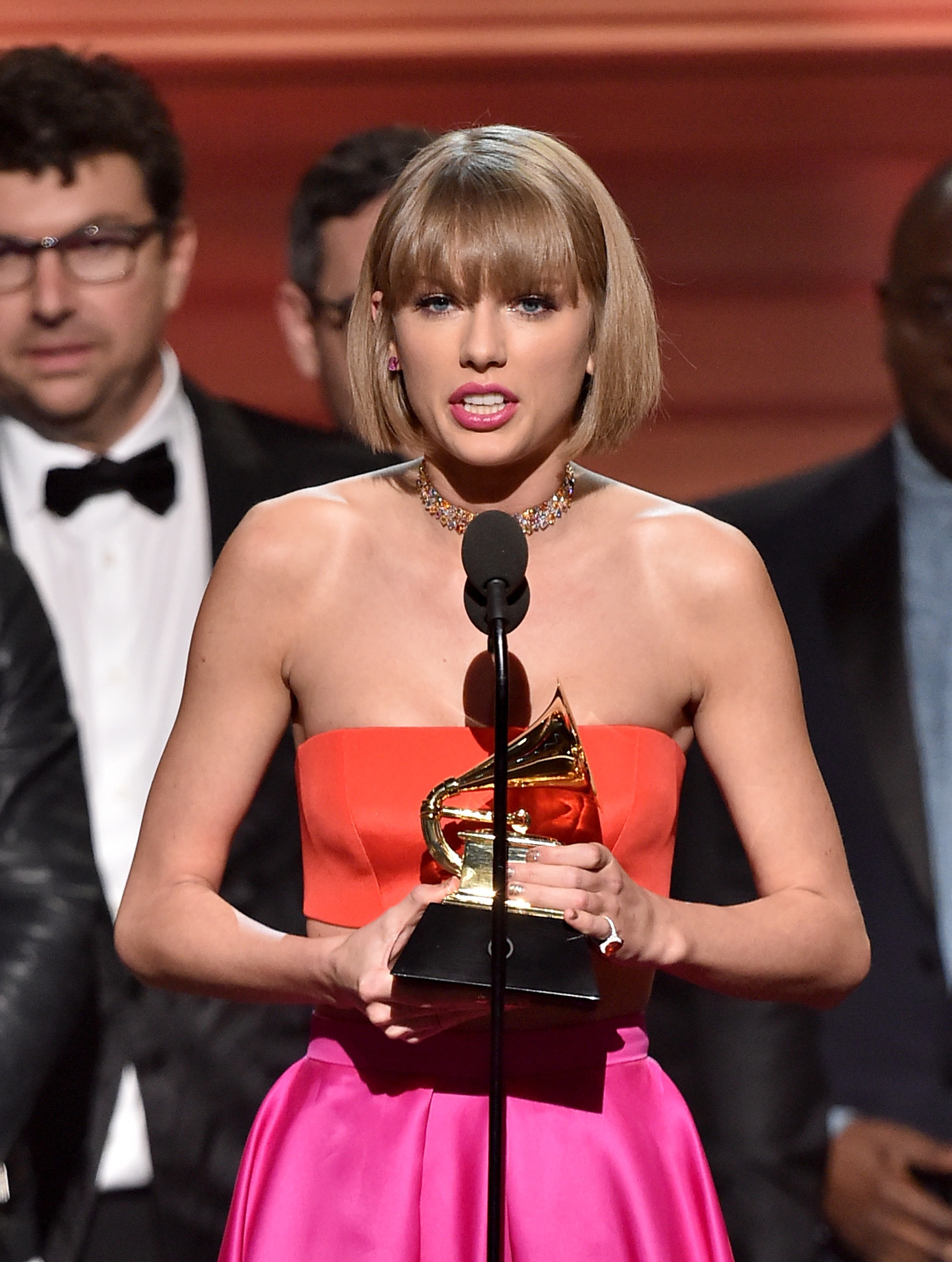 Taylor Swift warned young women about haters