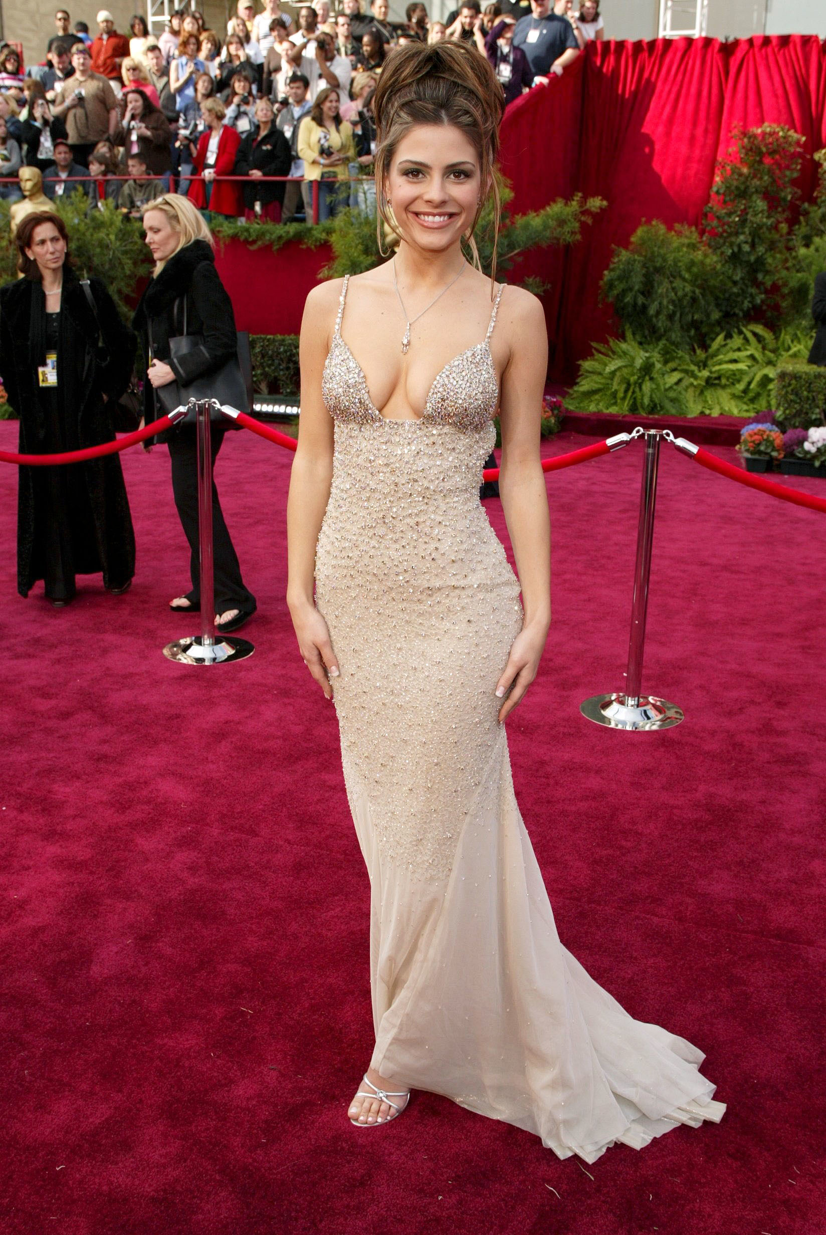 Maria Menounos on the craziest red carpet couture she's ever worn: