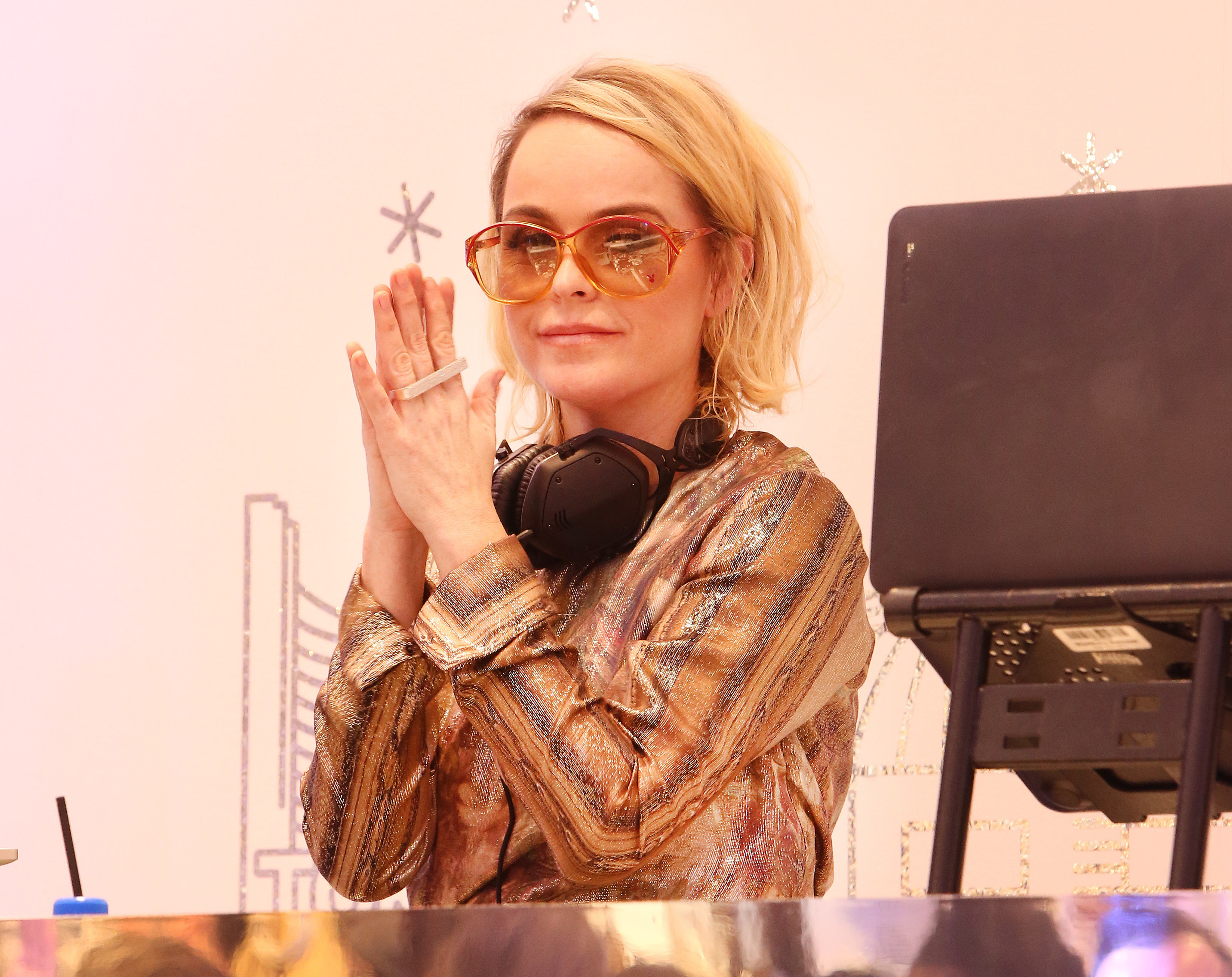 That time Brittany Murphy haunted Taryn Manning's DJ set