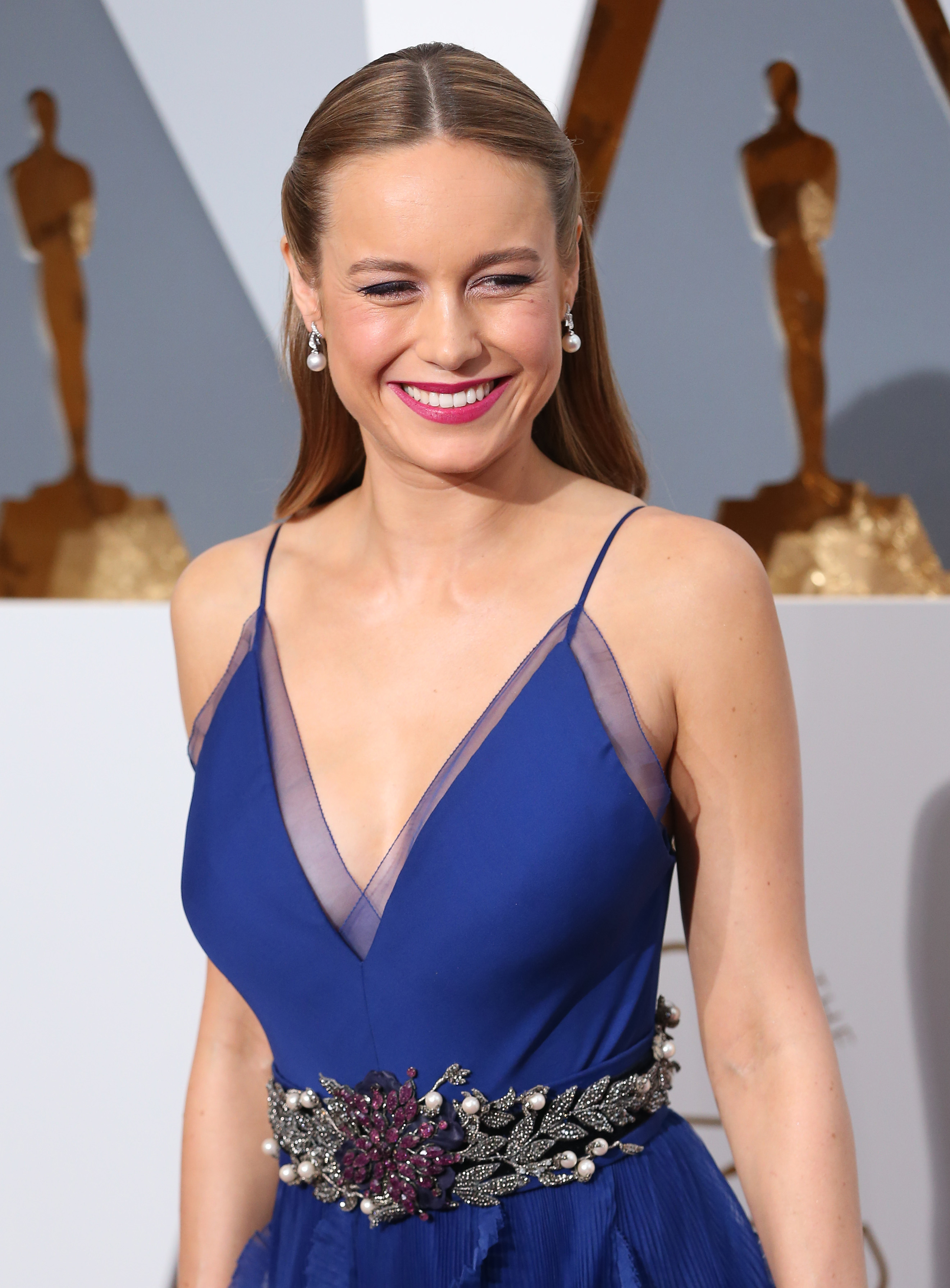 Brie Larson hugged every survivor who appeared with Lady Gaga