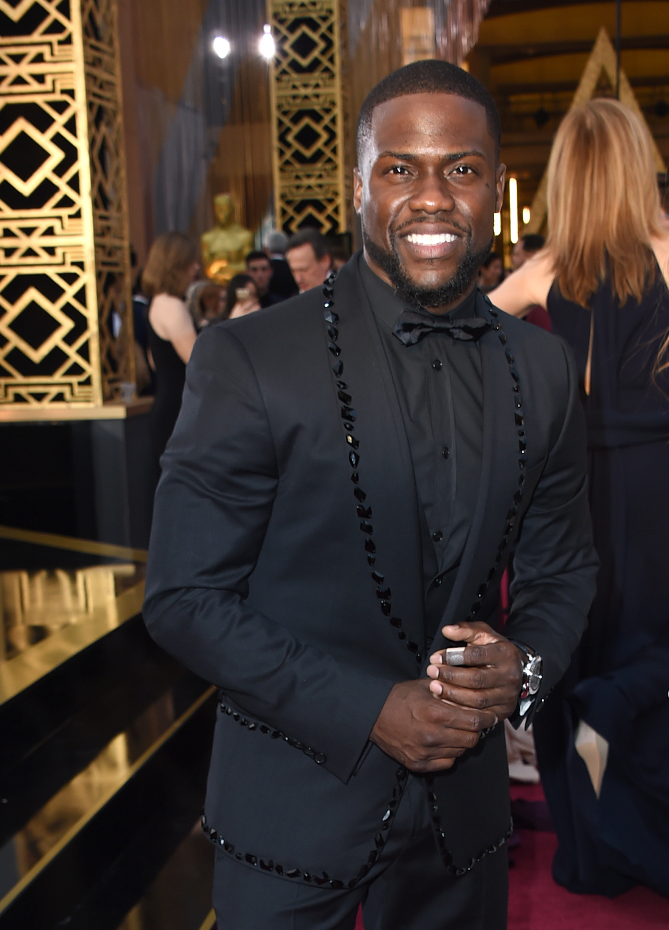 Kevin Hart invests ups home security after break in