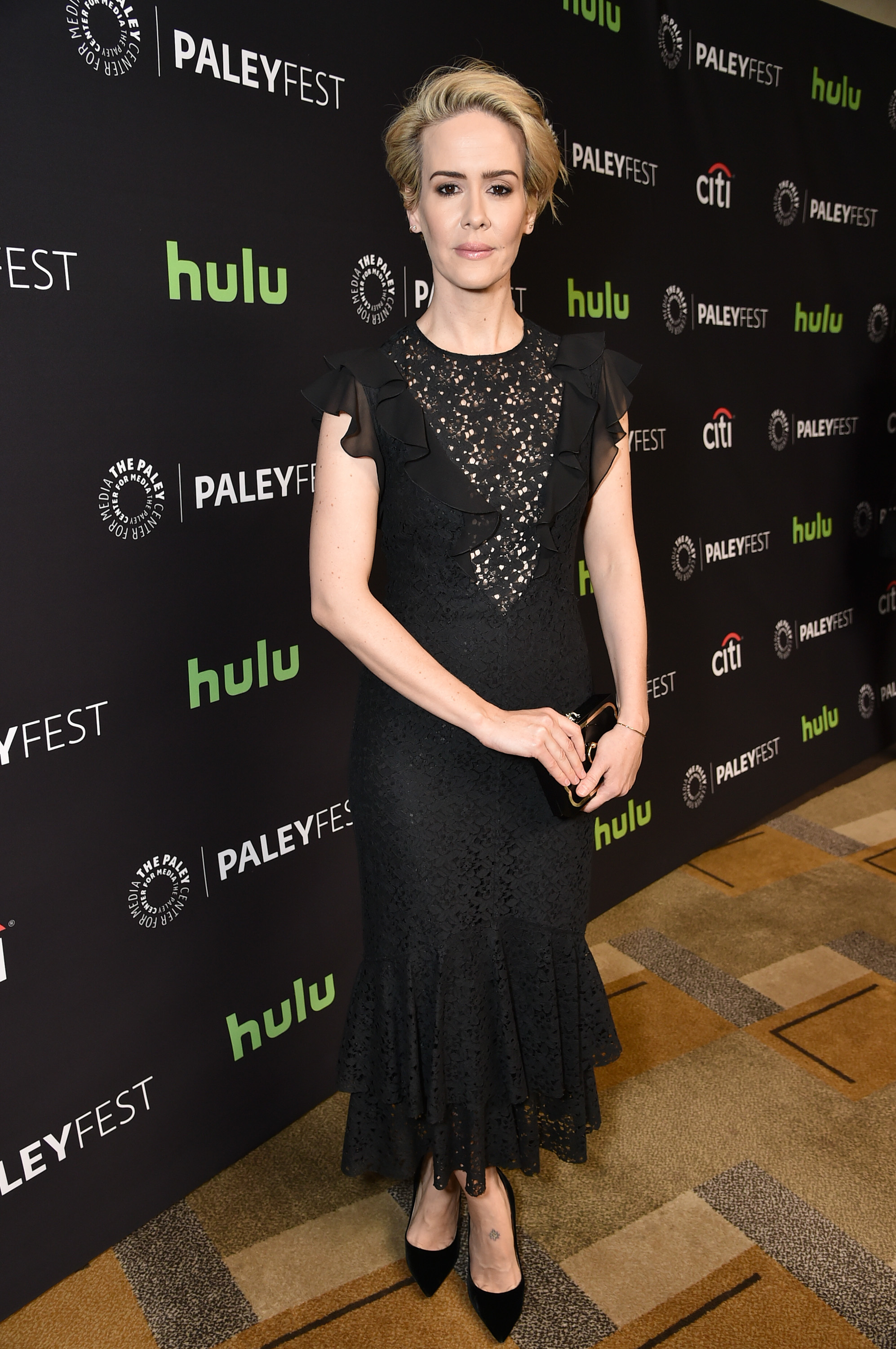 Sarah Paulson: 'You should be able to love whomever you f ing well please'