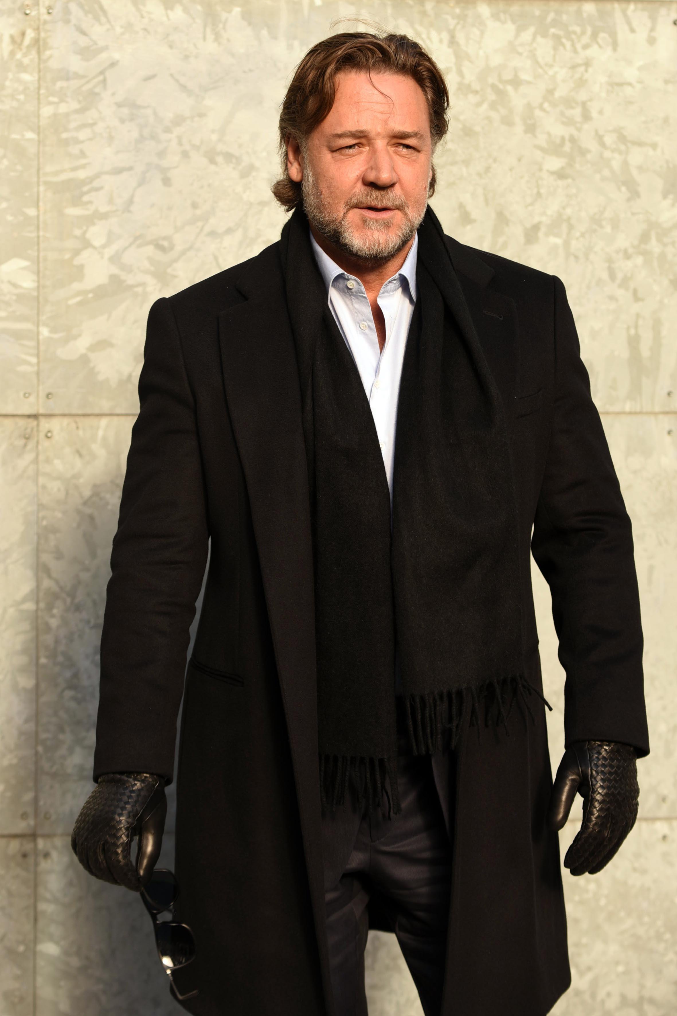 Russell Crowe vs. Azealia Banks
