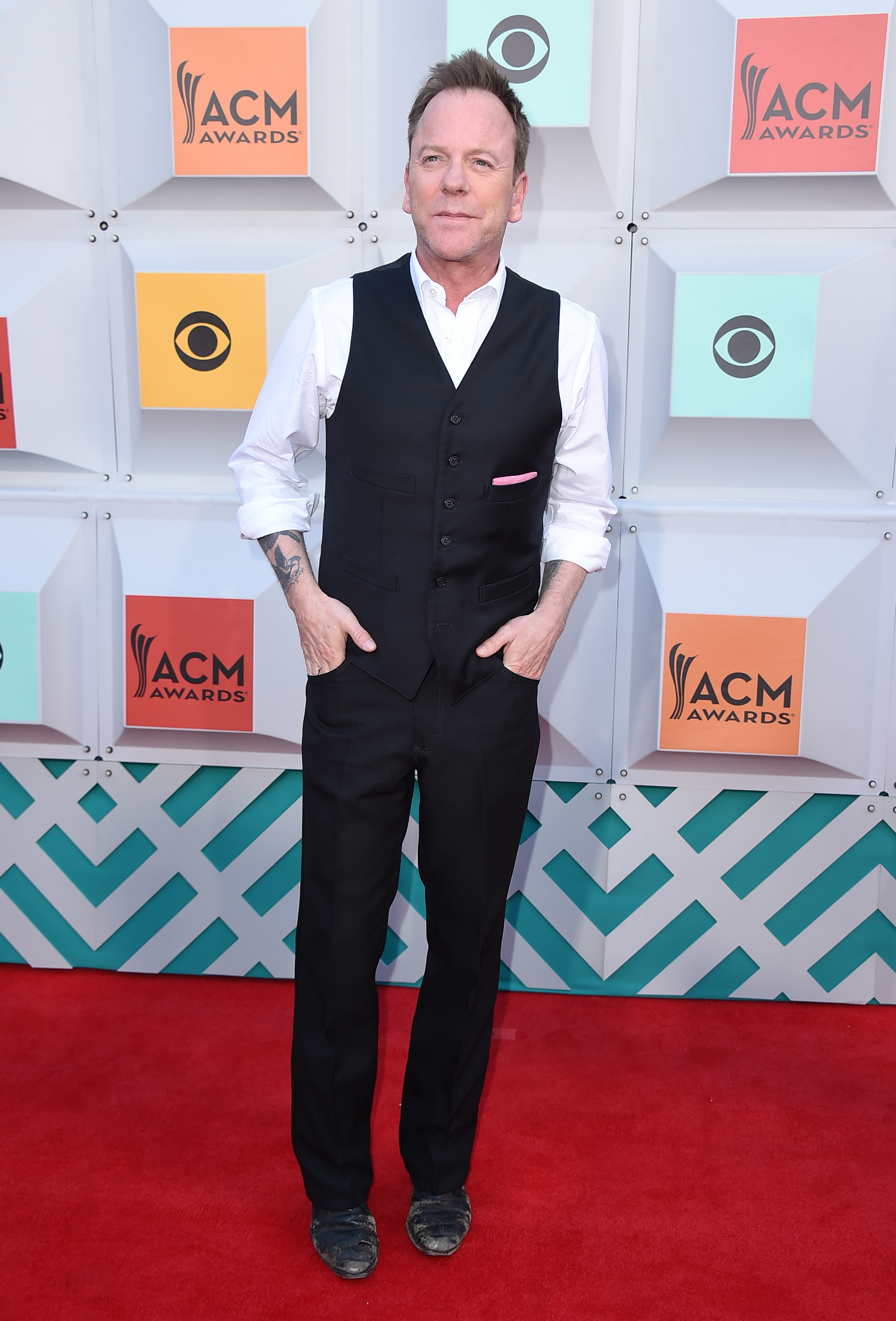 Kiefer Sutherland explains why he won't give up drinking