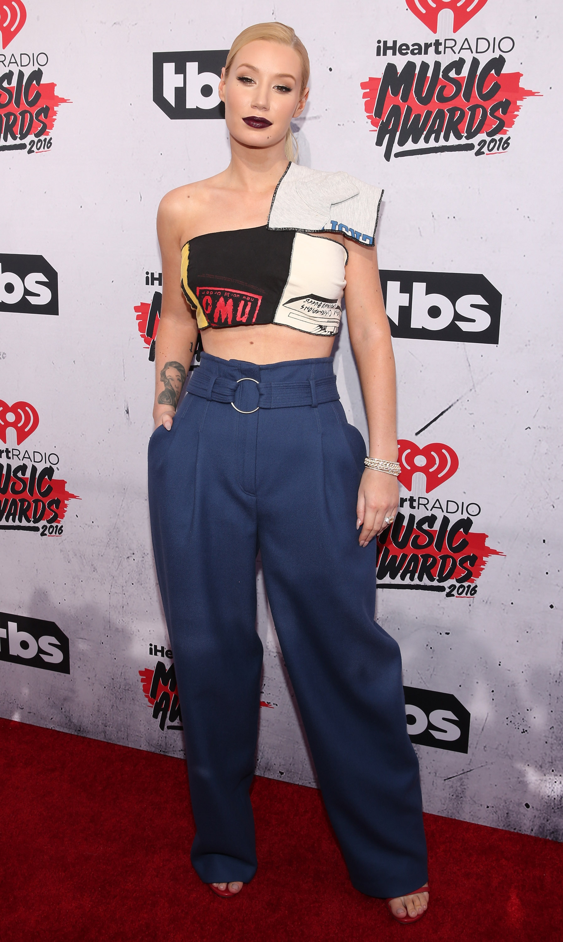 Iggy Azalea slams media for IRS story