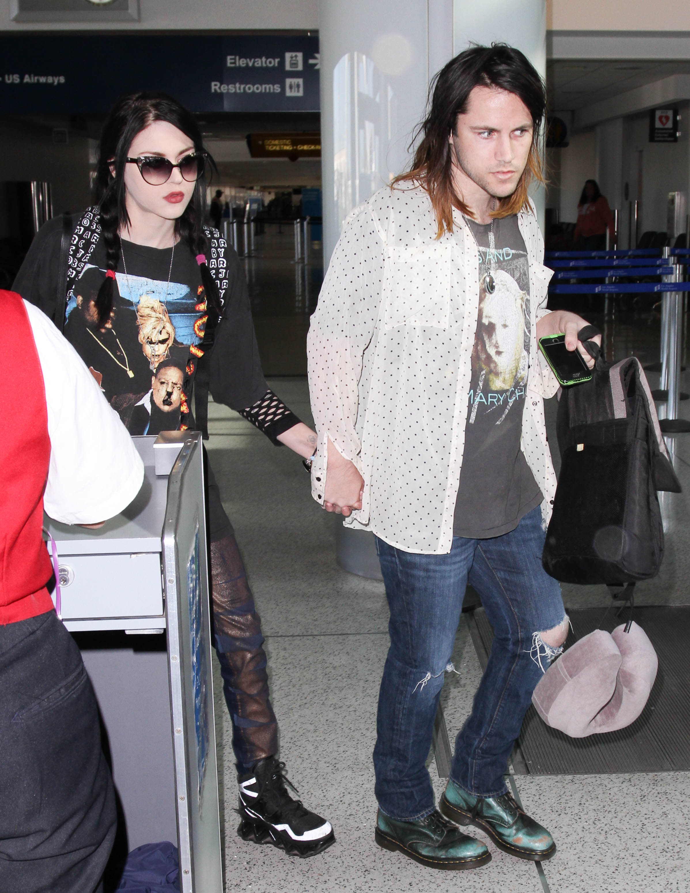 Francez Bean Cobain is paying big bucks for divorce