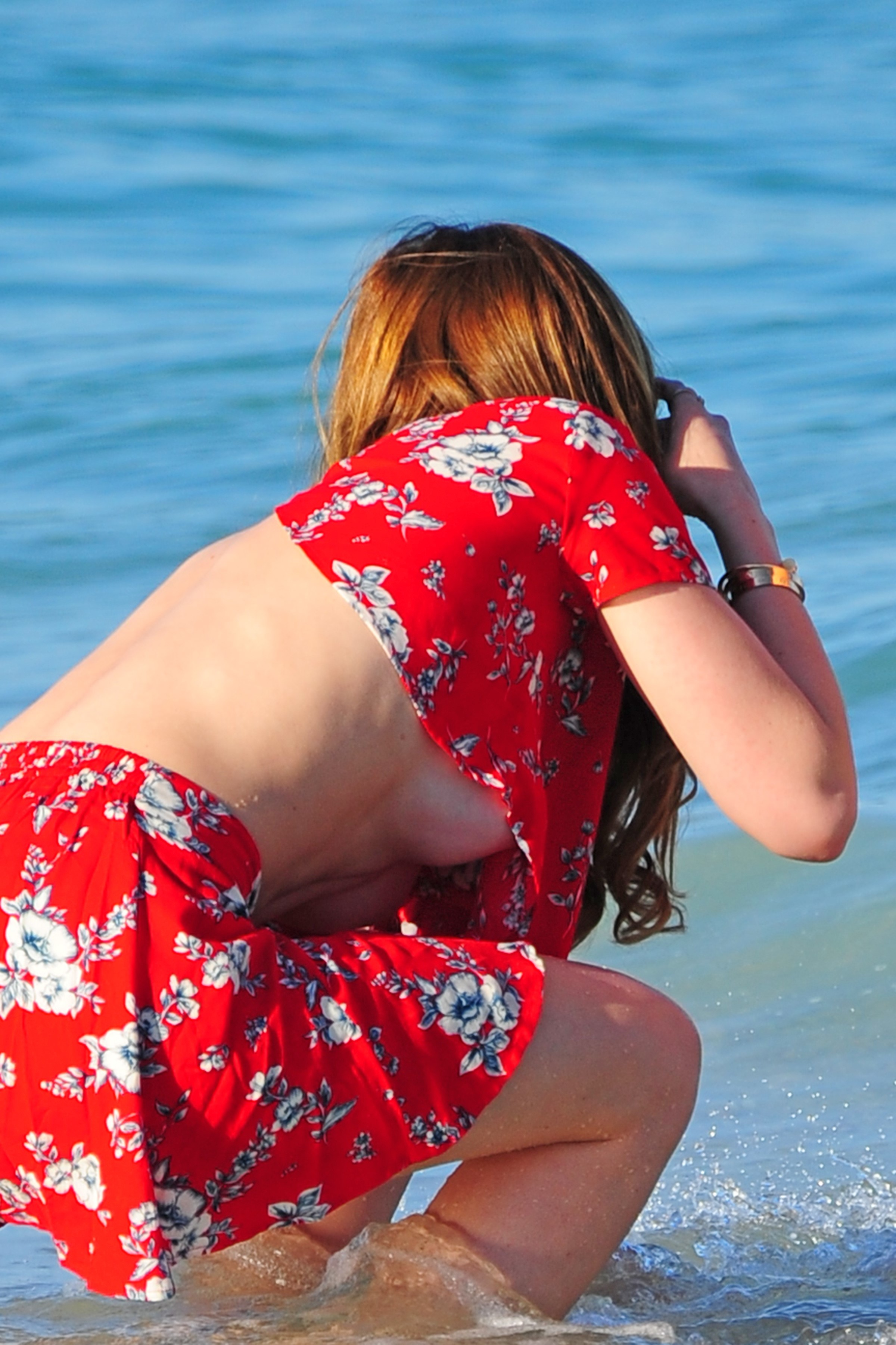 bella thorne beach