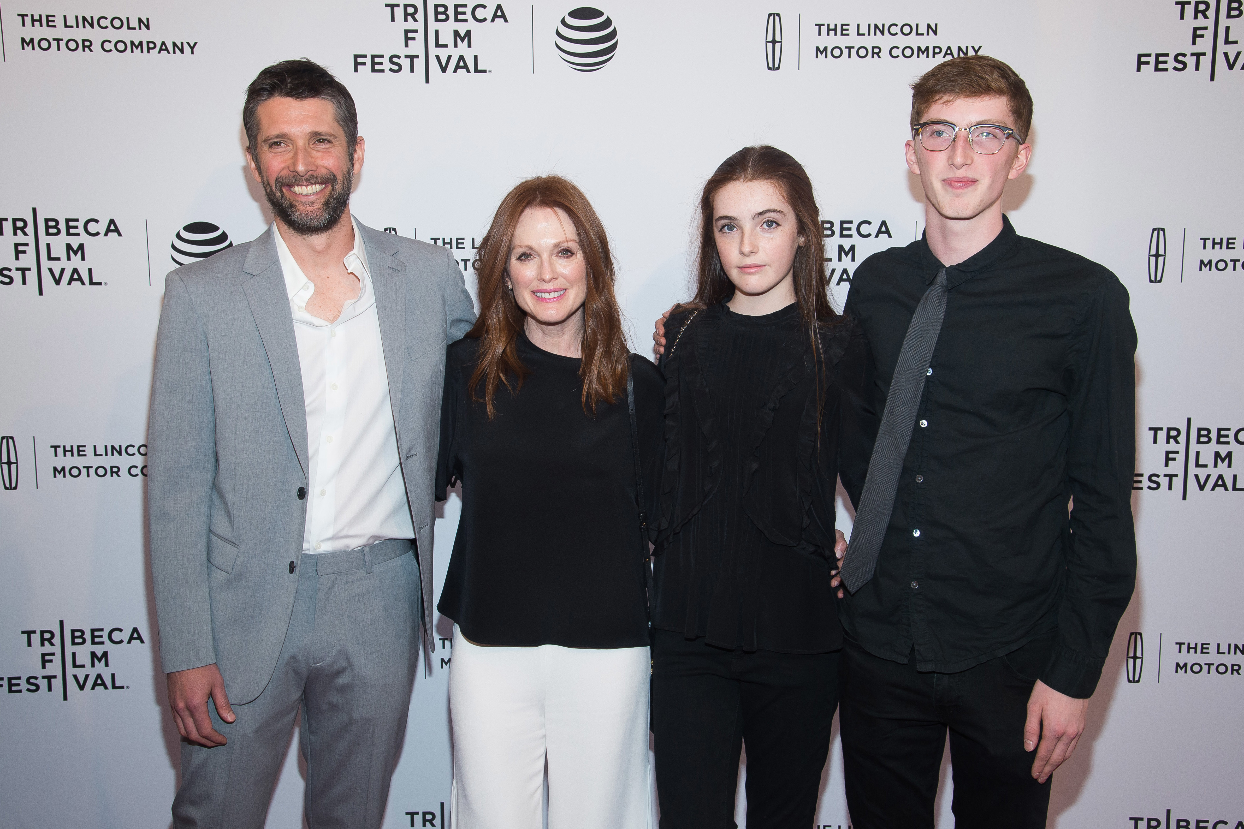 Julianne Moore steps out with her lookalike daughter