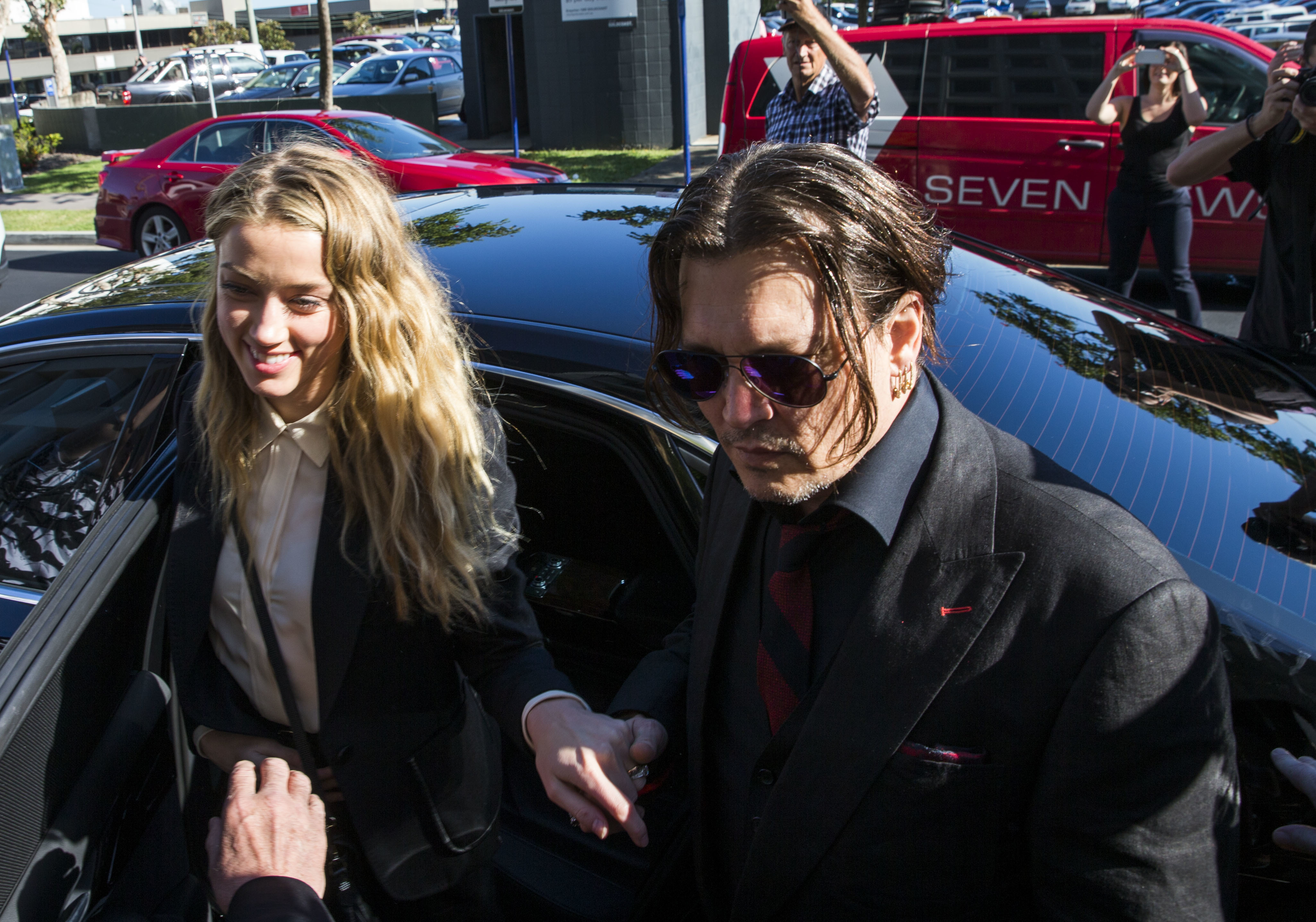 Johnny Depp lines up witnesses to defend him in court against Amber Heard