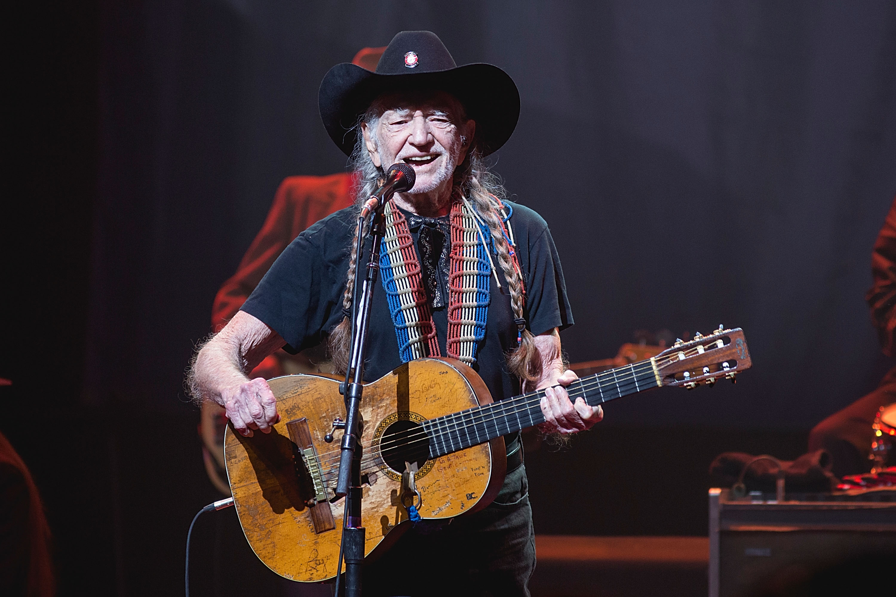 Willie Nelson secretly fathered a child