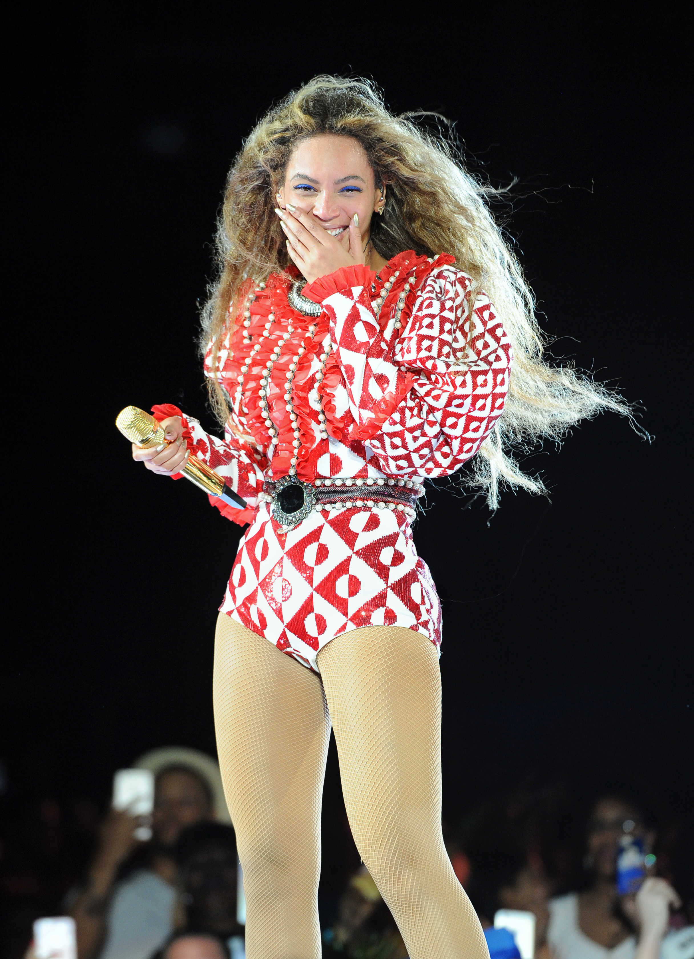 Beyonce helps raise thousands for Flint, Michigan residents