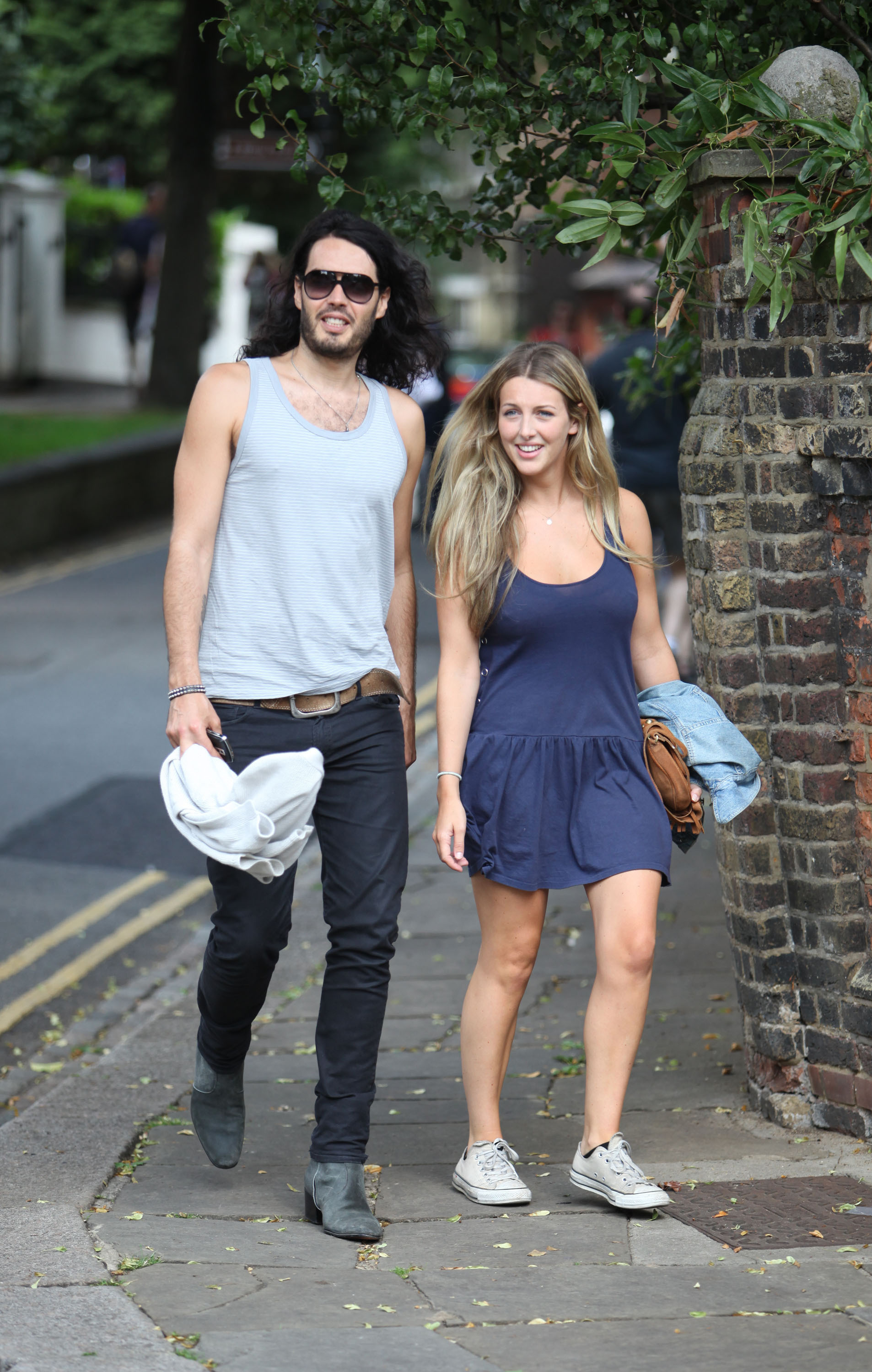 russell brand laura