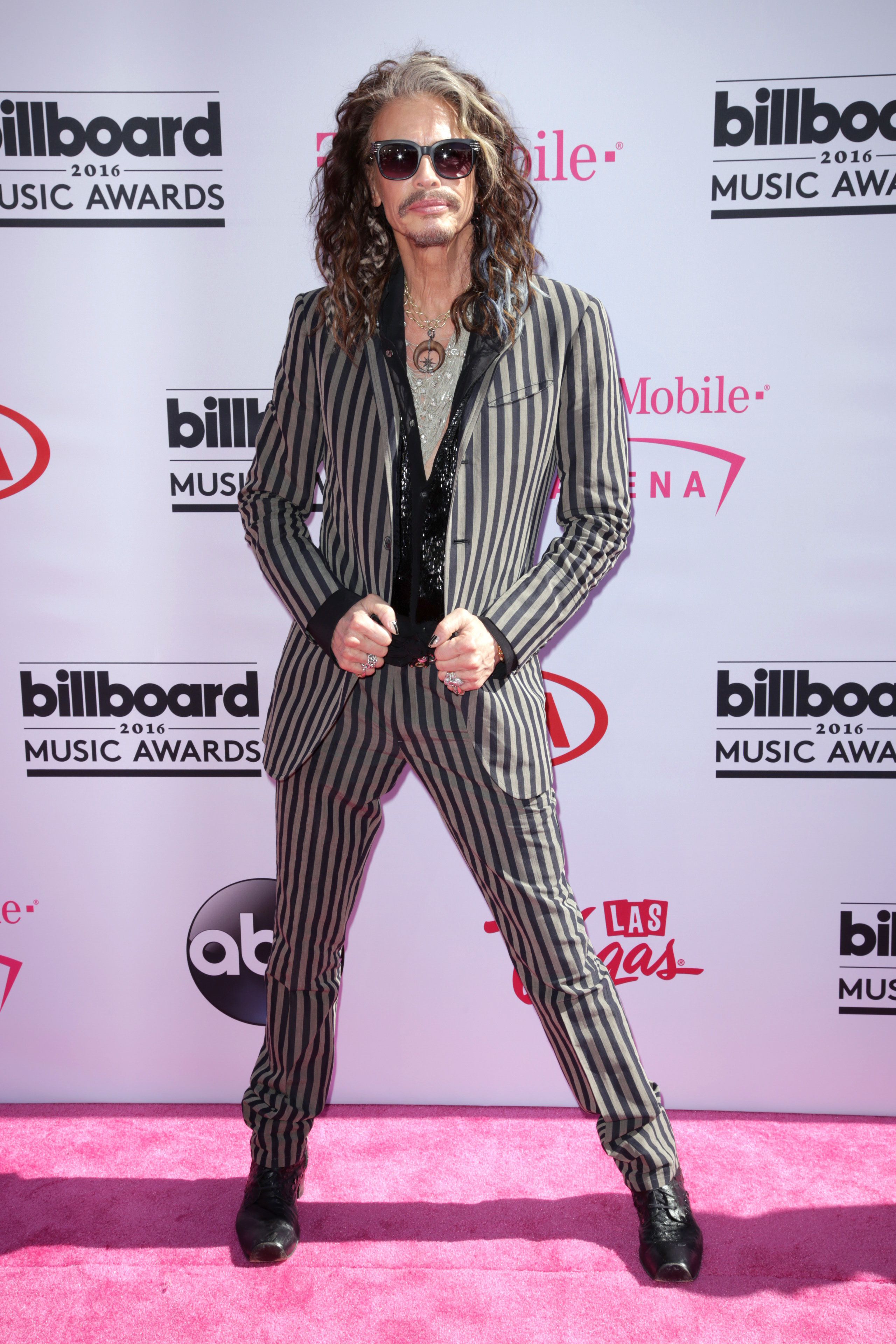 """Aerosmith: """"Dude Looks Like a Lady"""""""