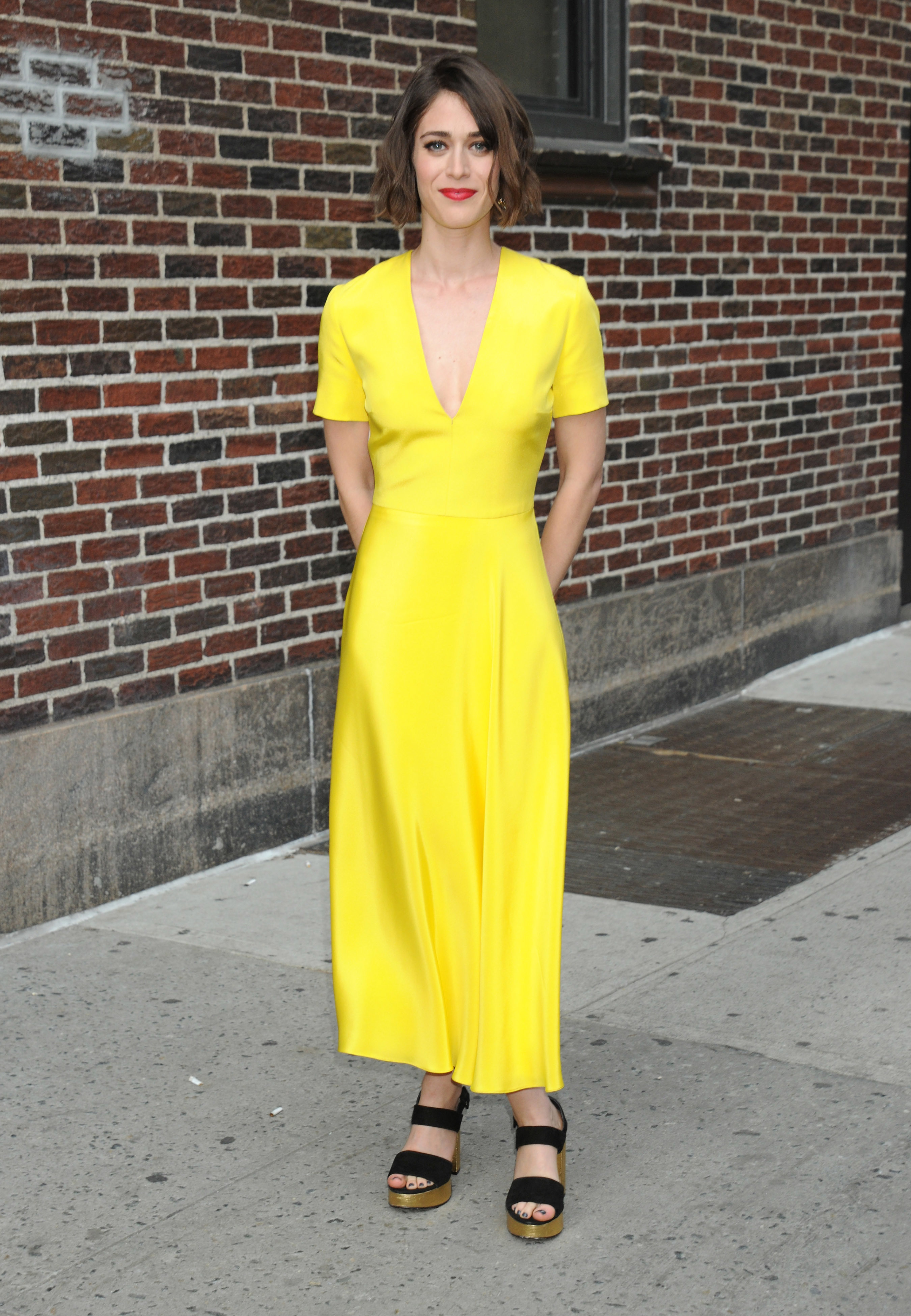 Lizzy Caplan takes issue with double standards in onscreen nudity