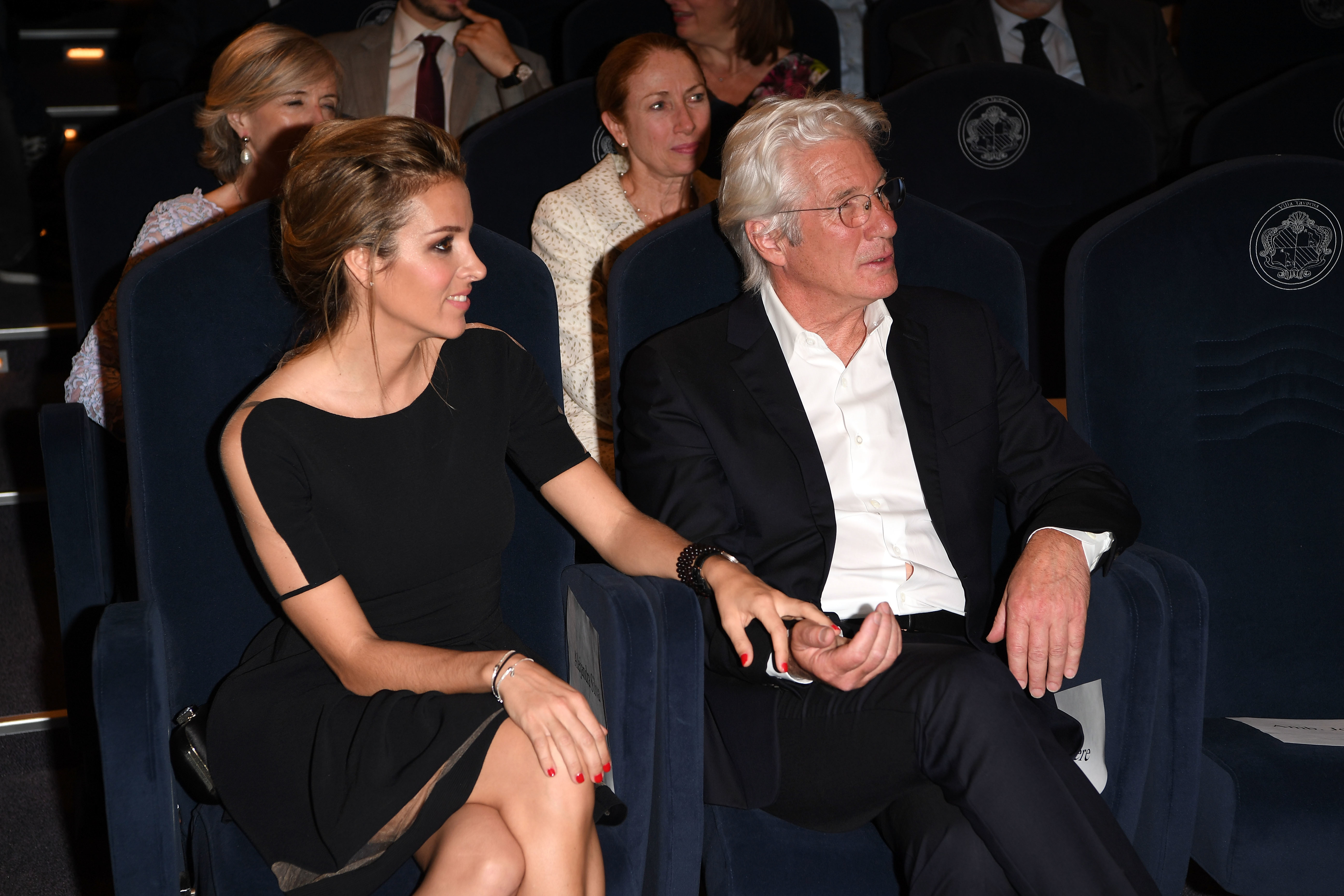 Richard Gere gets cozy with his much younger girlfriend