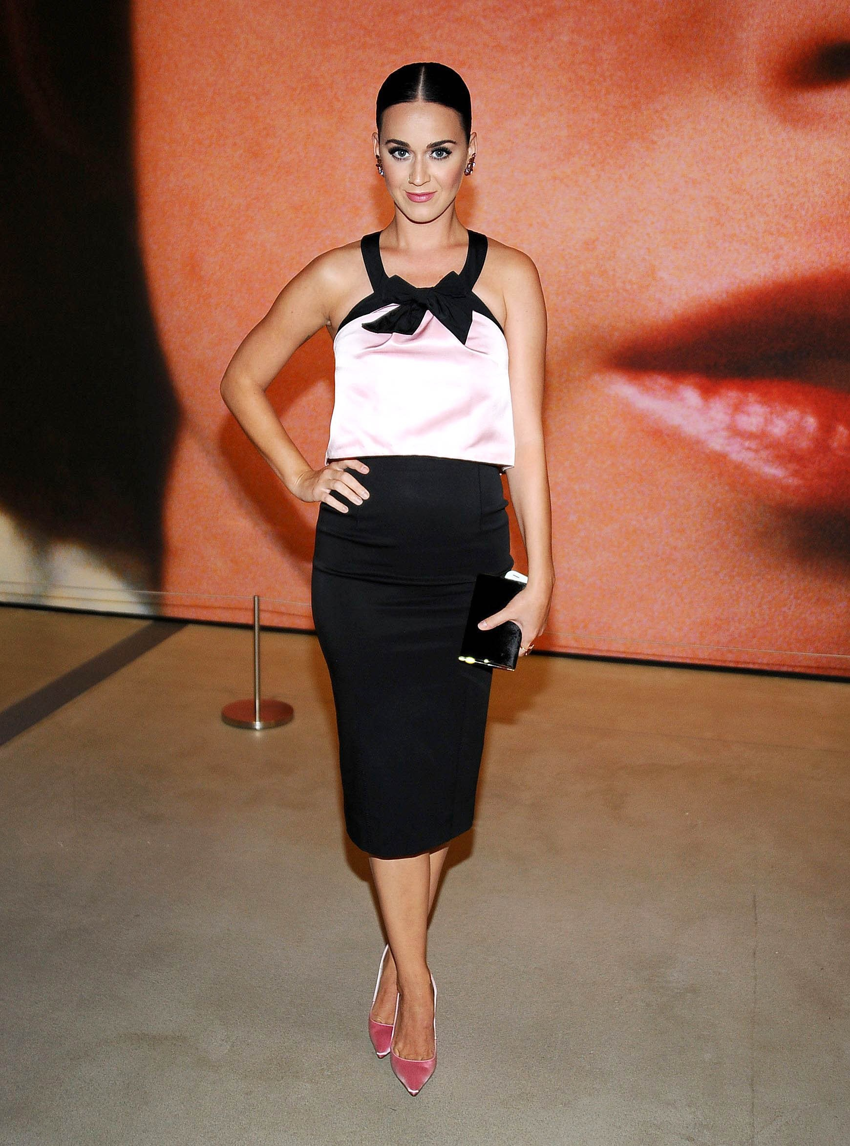 Katy Perry, more celebs pay a masseuse to bite them?!