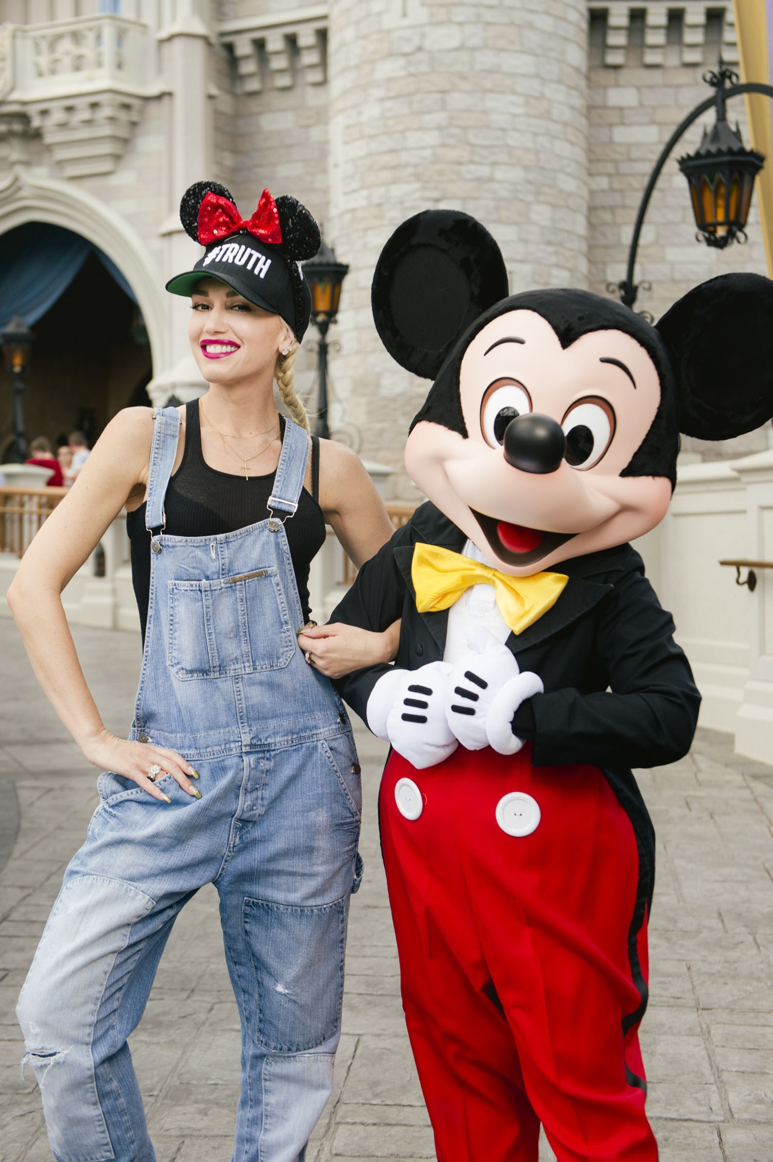Gwen Stefani and Blake Shelton hit Disneyland