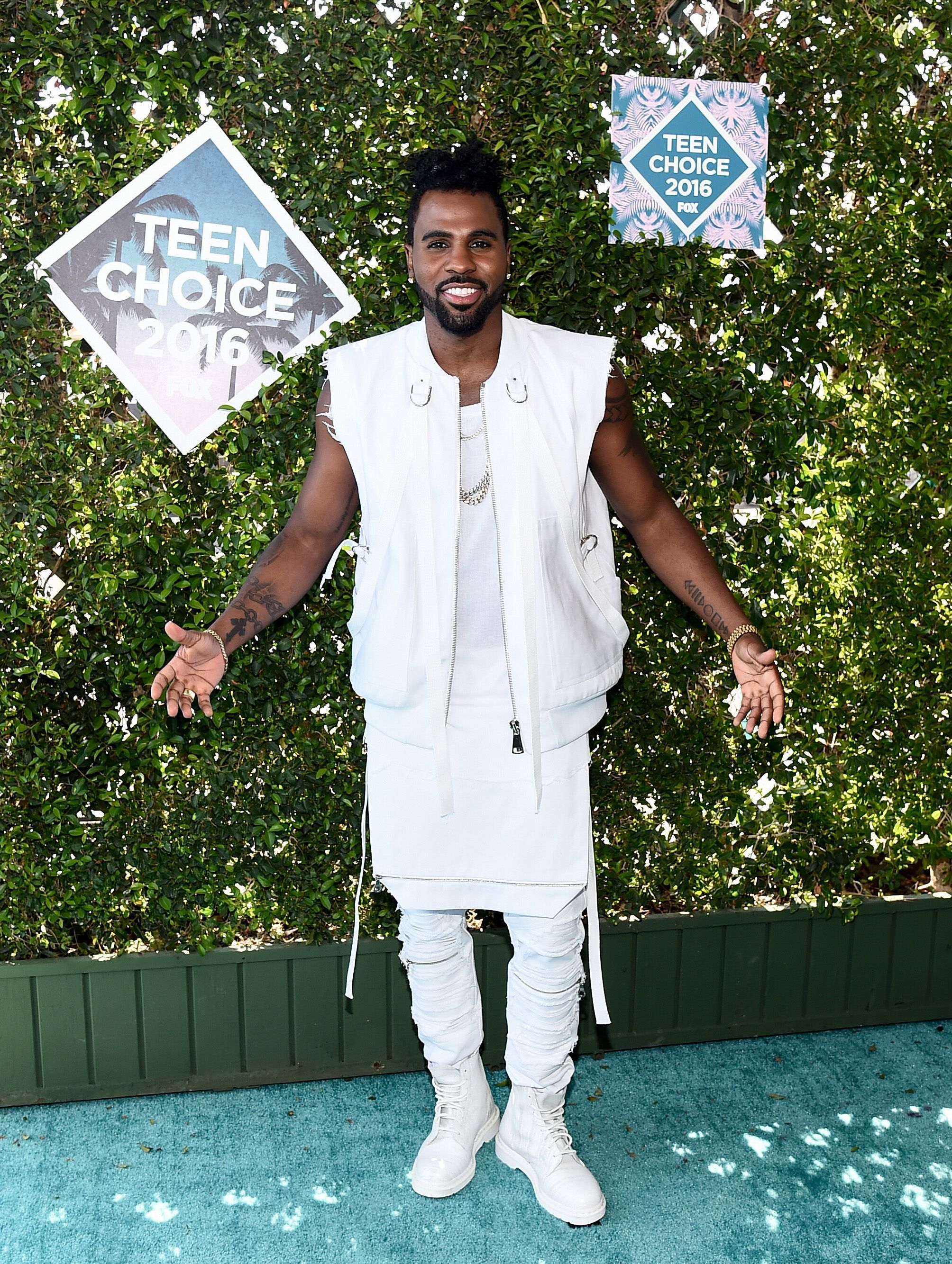 Jason Derulo involved in fight at Bootsy Bellows