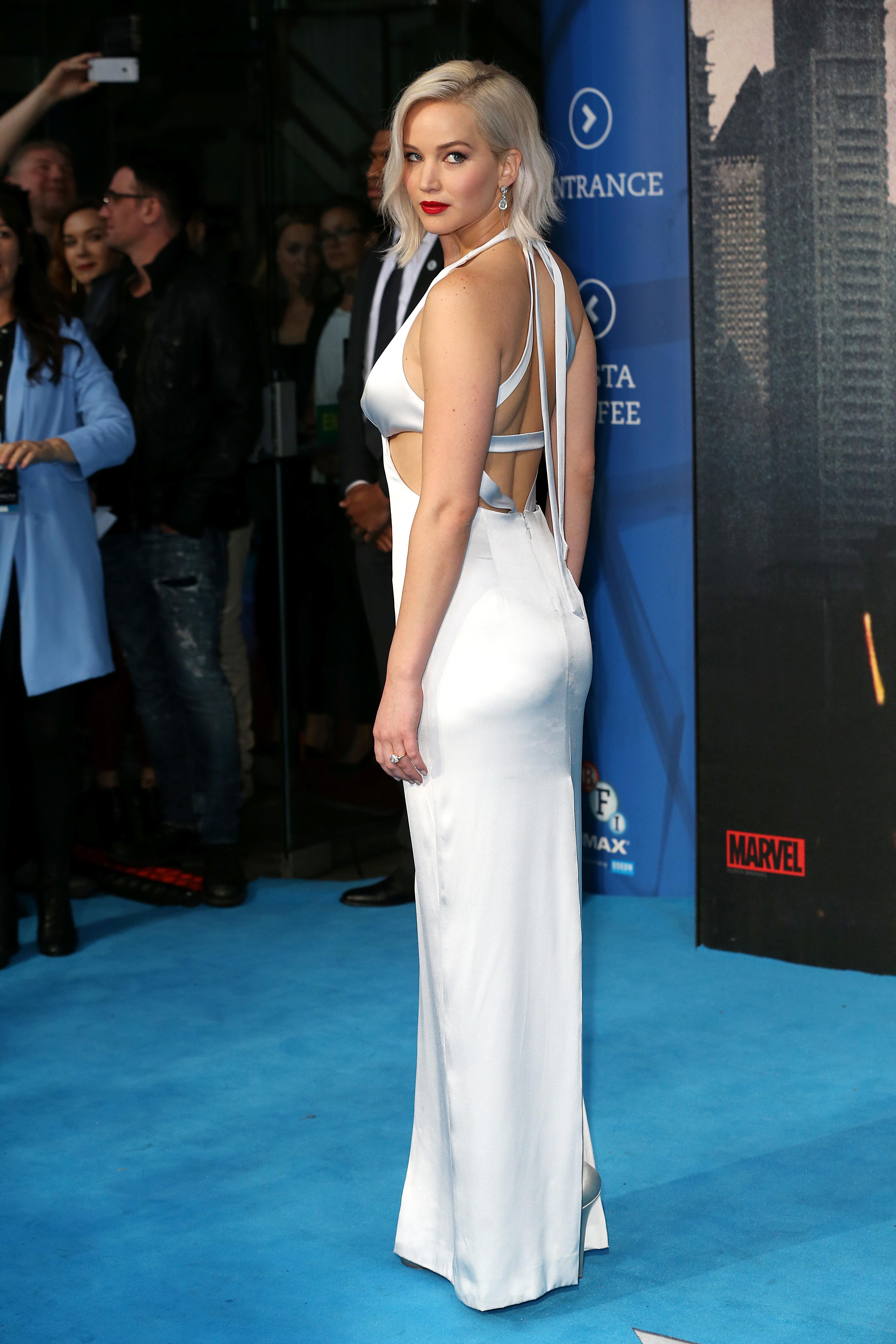 Jennifer Lawrence sells her starter condo
