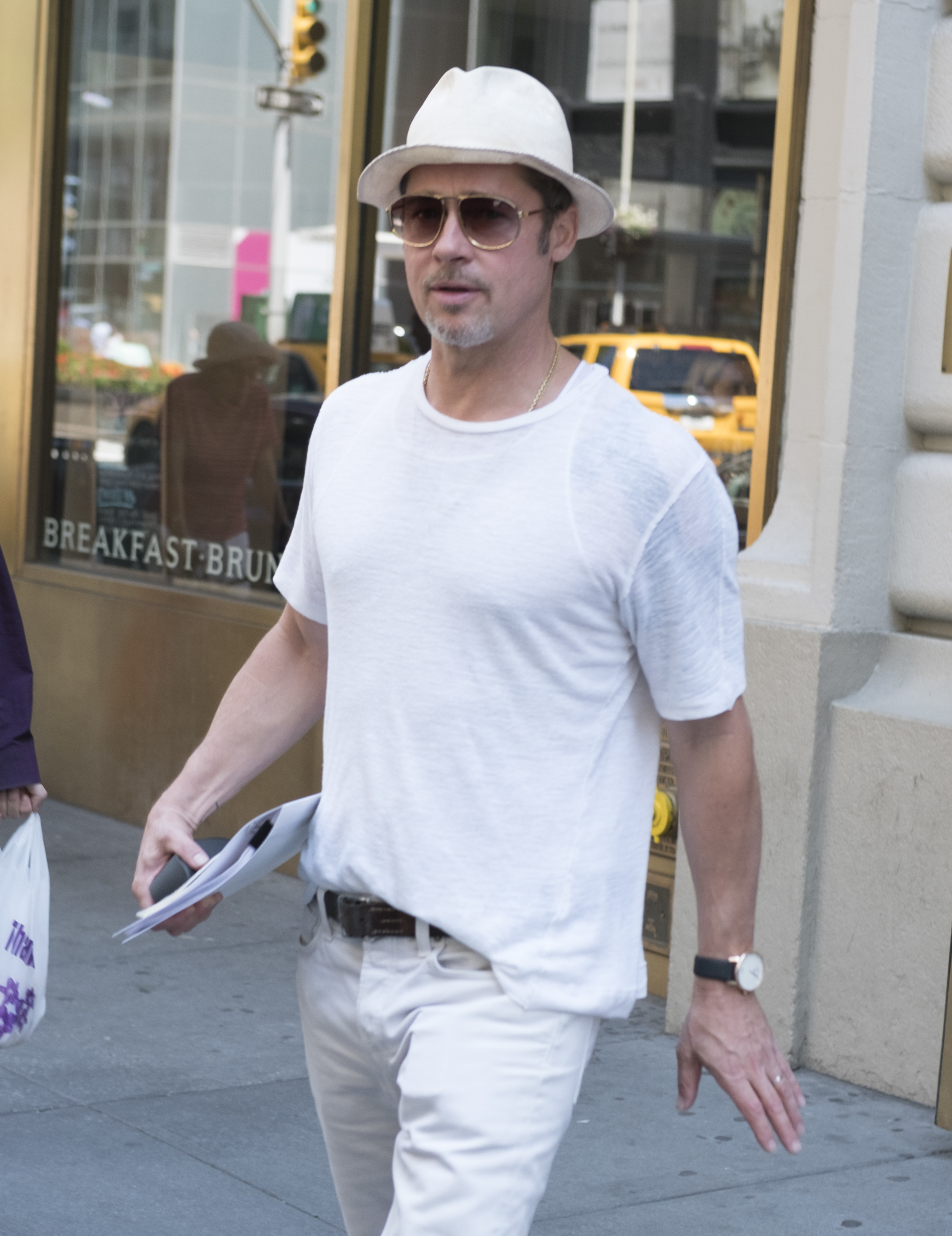 Brad Pitt leans on family for support amid divorce