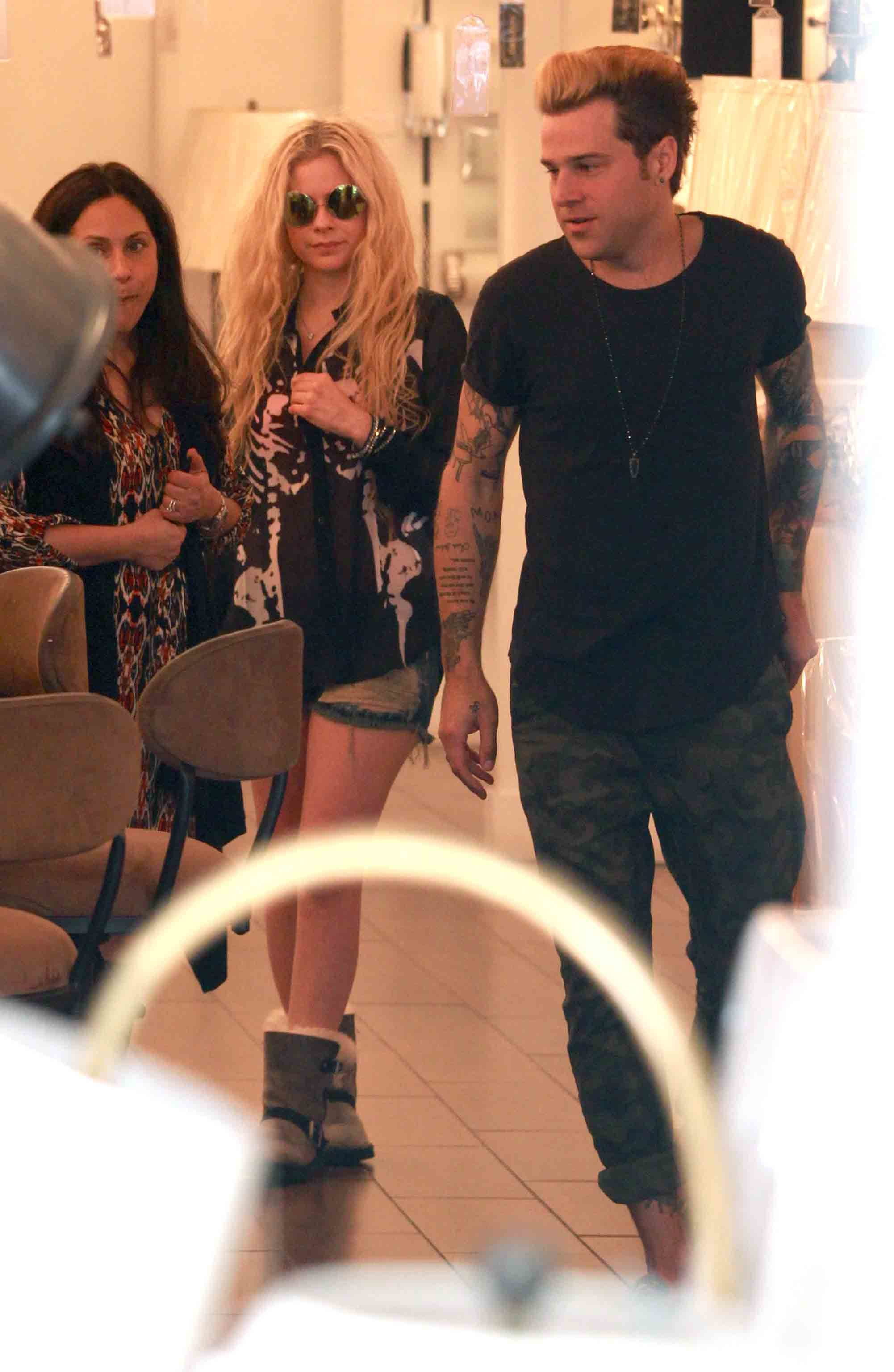 Date night for Avril Lavigne and Ryan Cabrera?