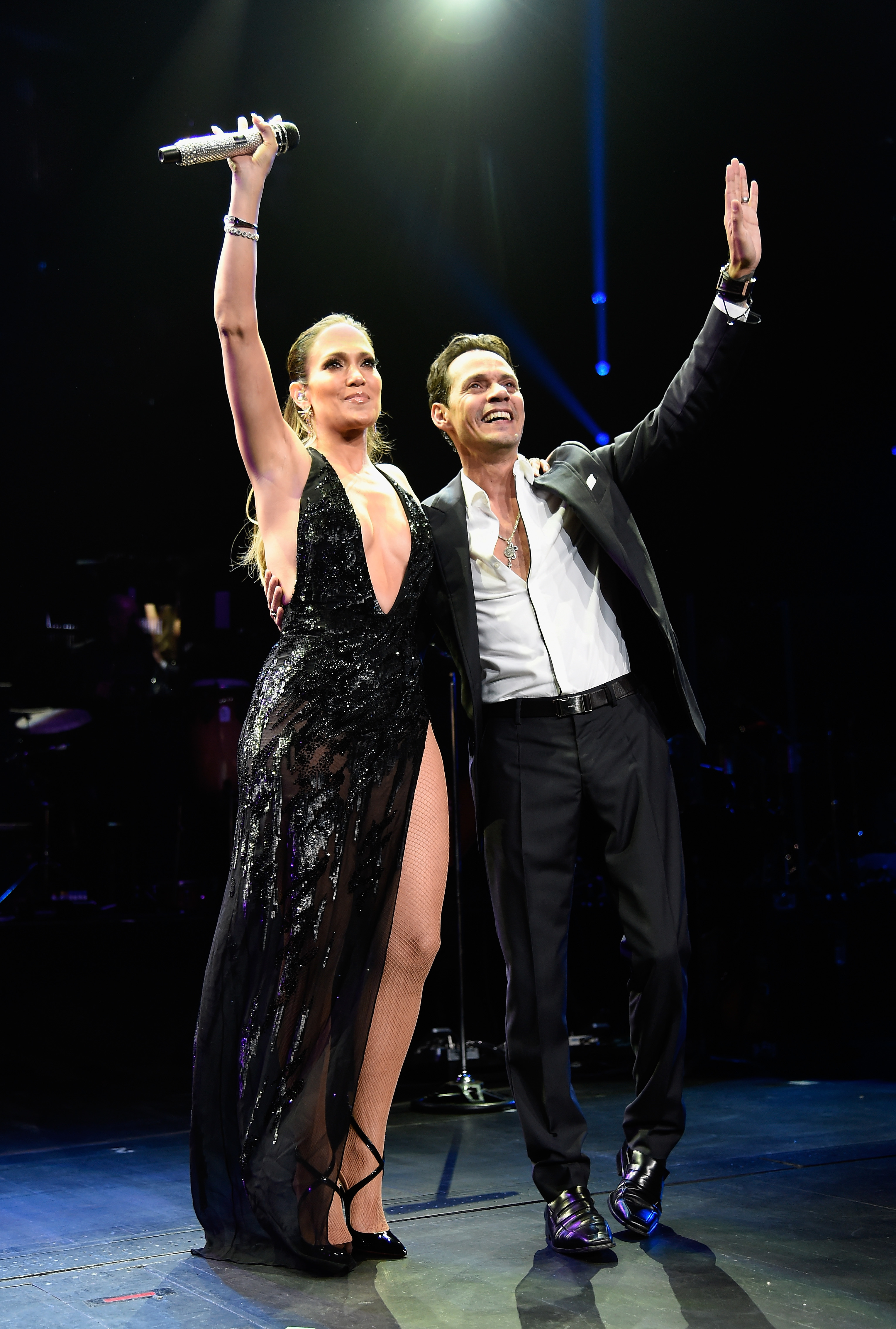 Is Marc Anthony trying to win back Jennifer Lopez?