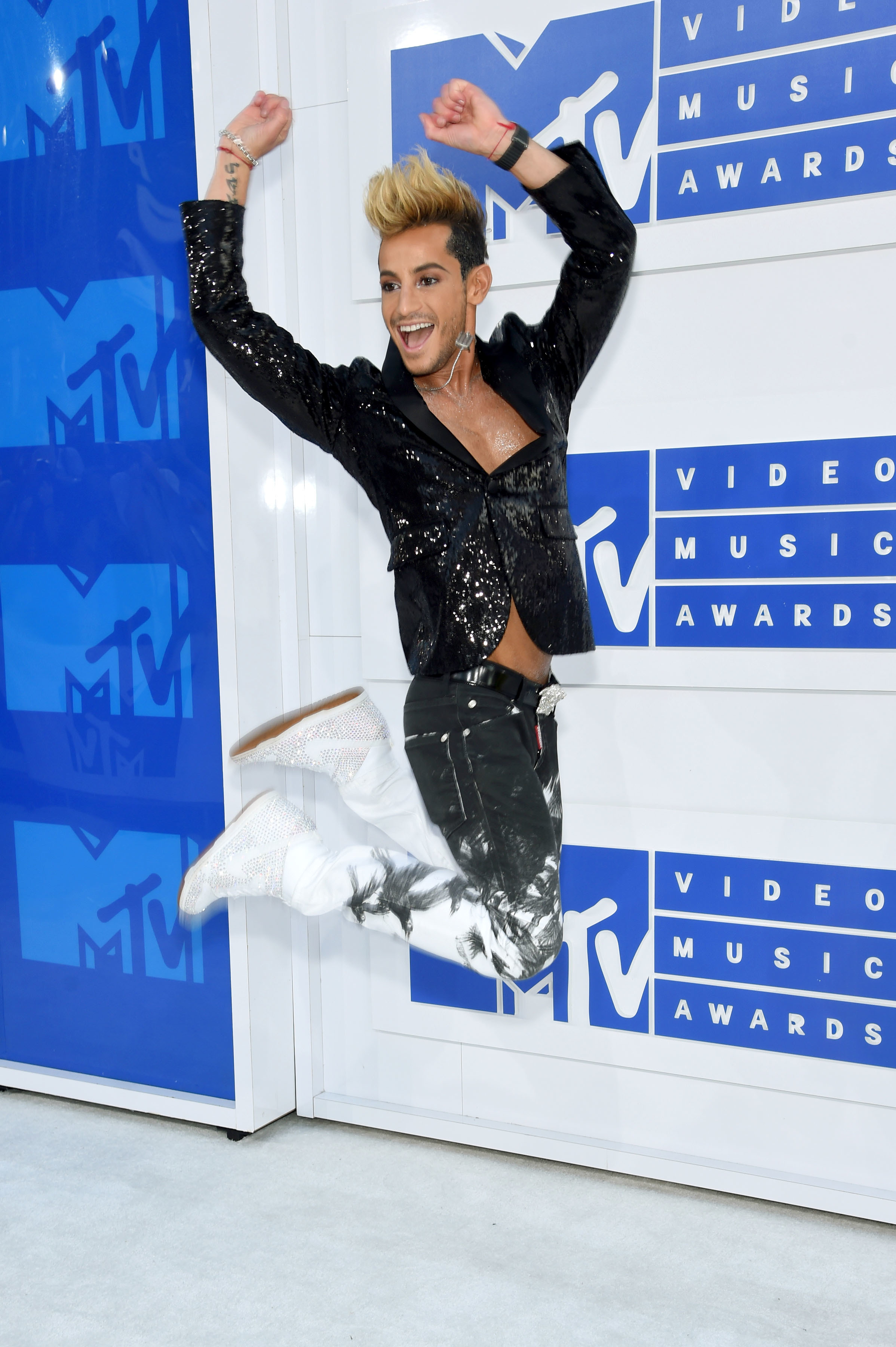 Frankie Grande arrives at the MTV Video Music Awards at Madison Square Garden in New York City on Aug. 28, 2016.