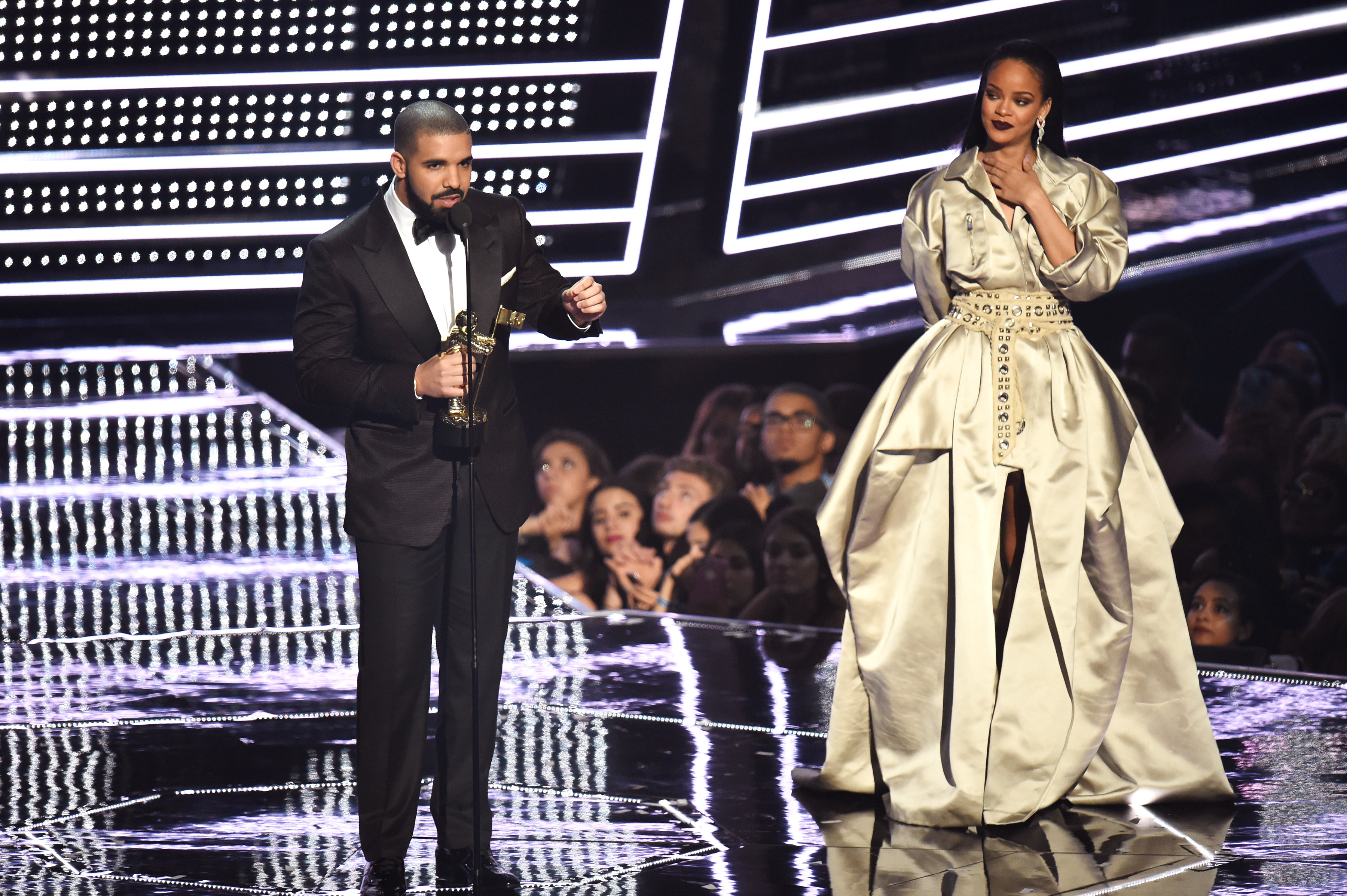 Drake was the one hesitant to pull the Rihanna relationship trigger