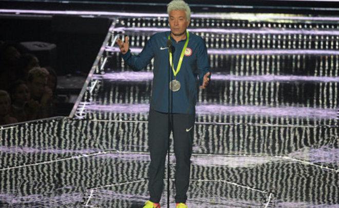 Michael Phelps reacts to Jimmy Fallon's Ryan Lochte impression