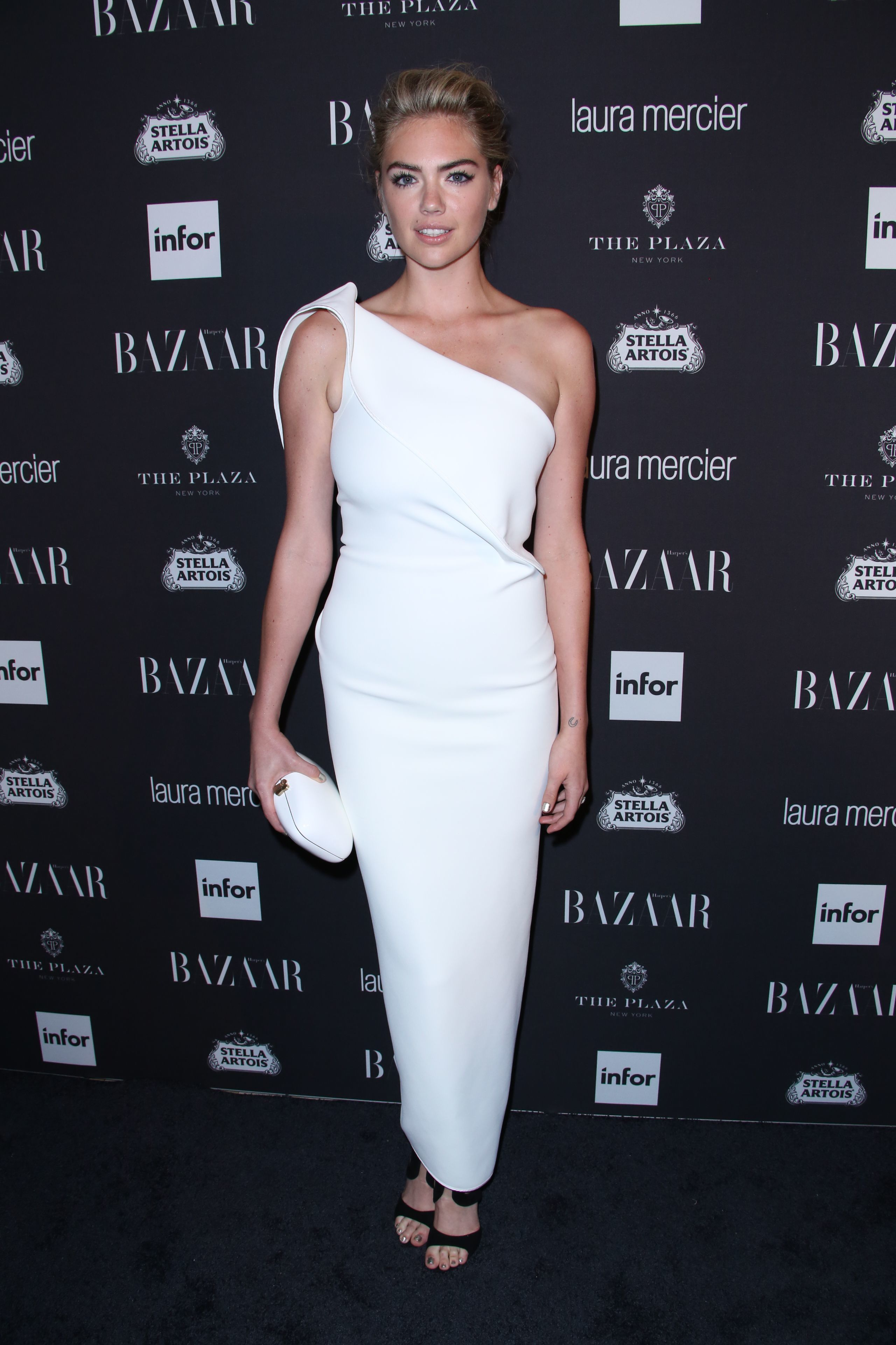 Kate Upton was reportedly being a diva about SI swimsuit cover