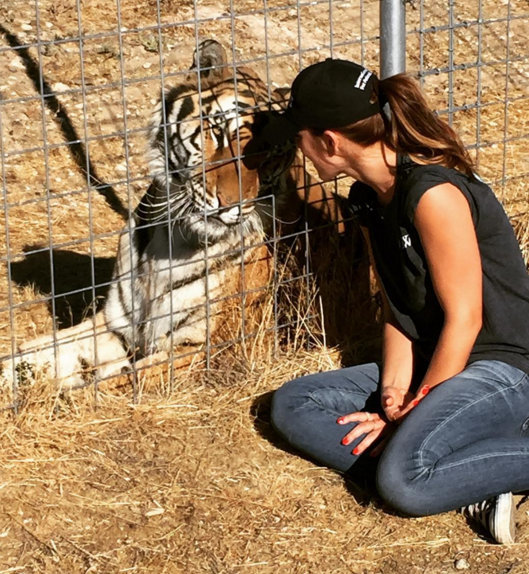 Minka Kelly visits wildlife sanctuary
