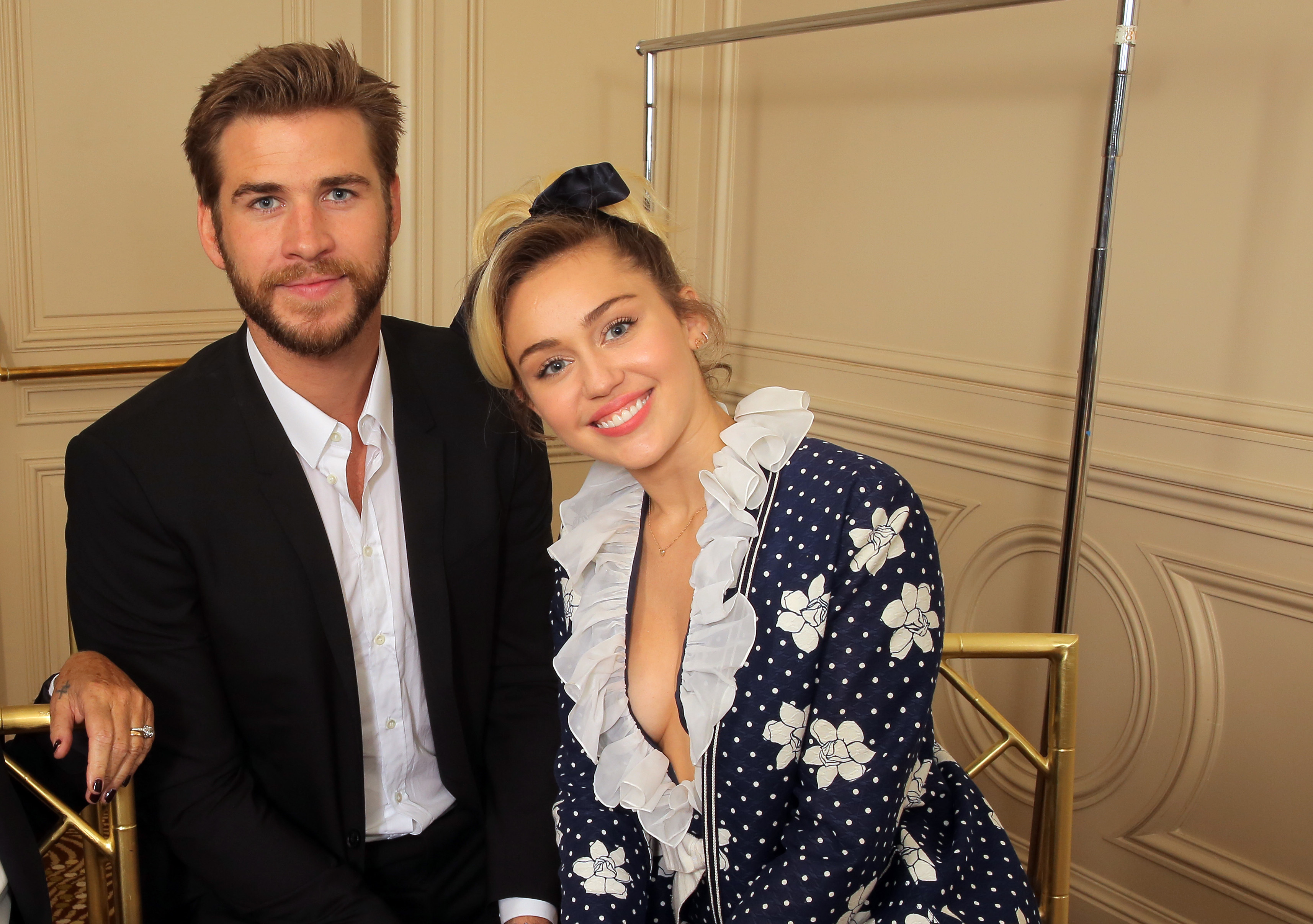 Miley Cyrus and Liam Hemsworth are not eloping
