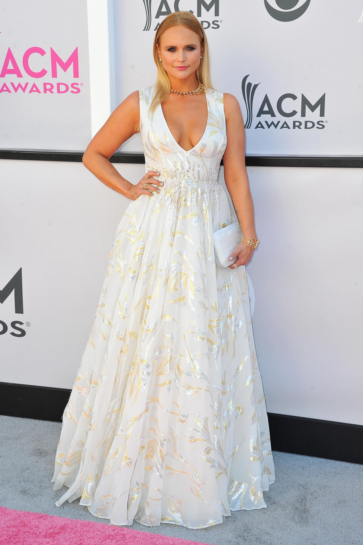 Miranda Lambert thanks fans for letting her  funnel 'heartbreak' into new album