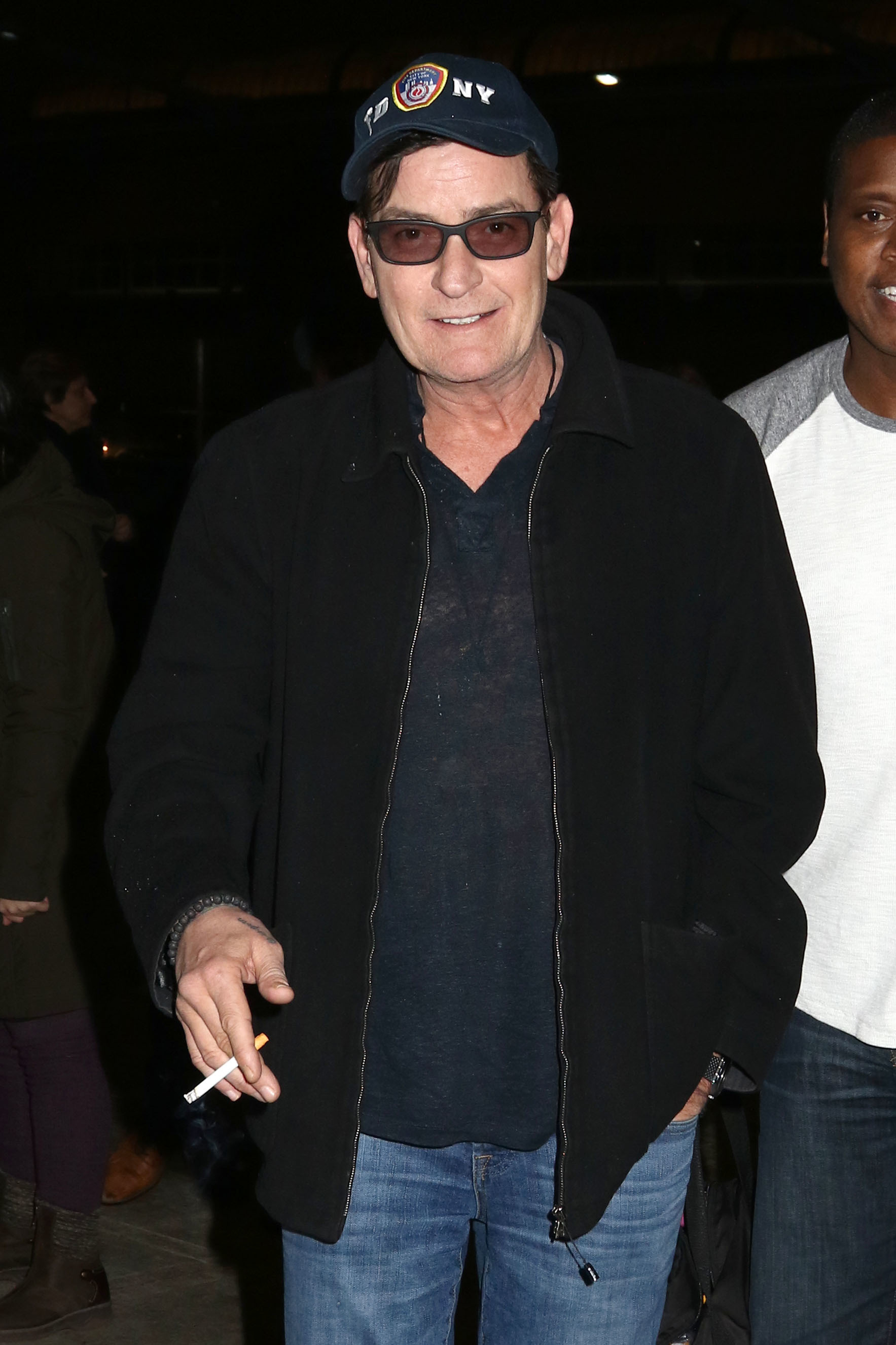 Feds order charlie sheens plane to land for drug inspection charlie sheen thecheapjerseys Choice Image