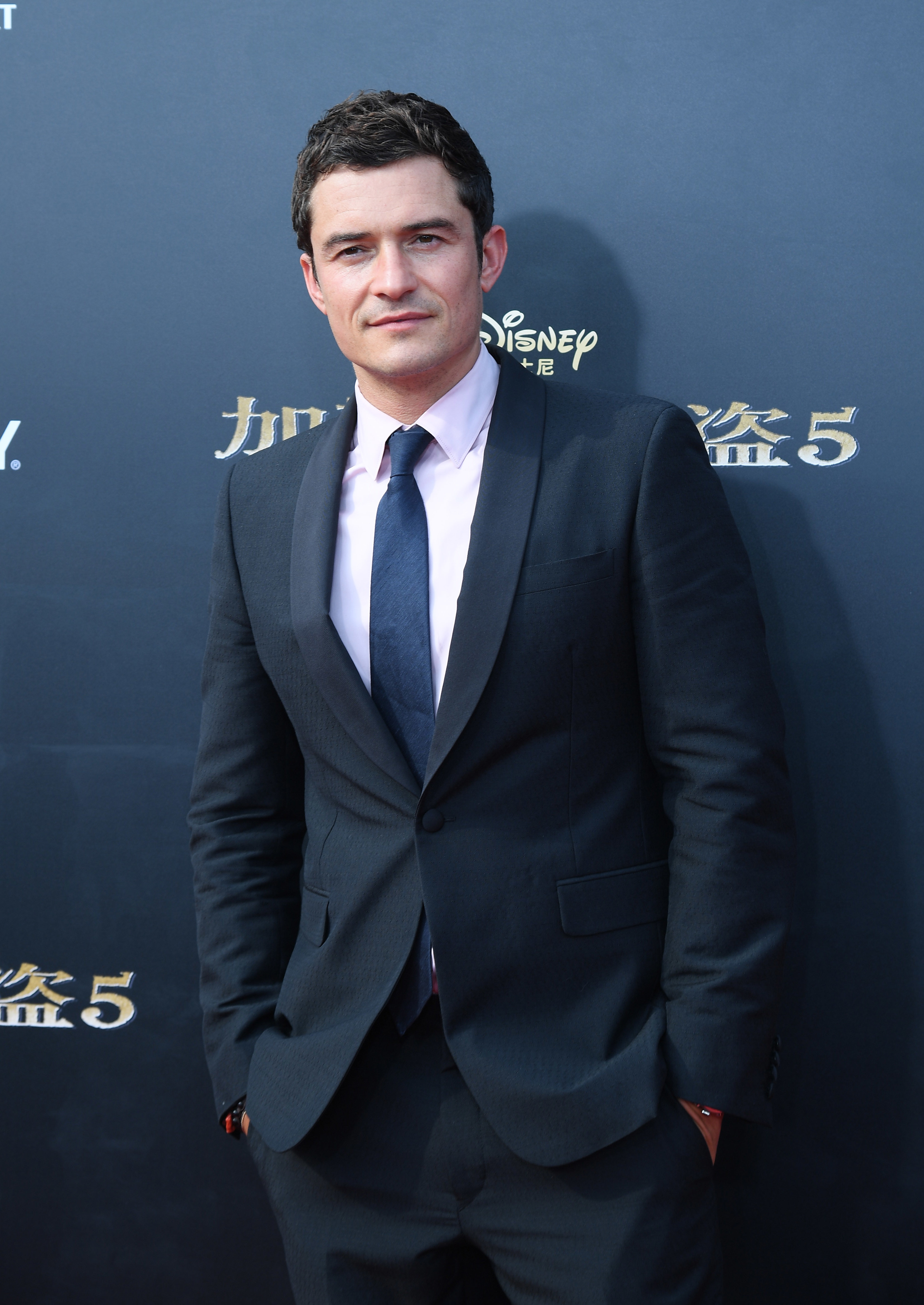 Orlando Bloom's mother weighs in on his derogatory remark