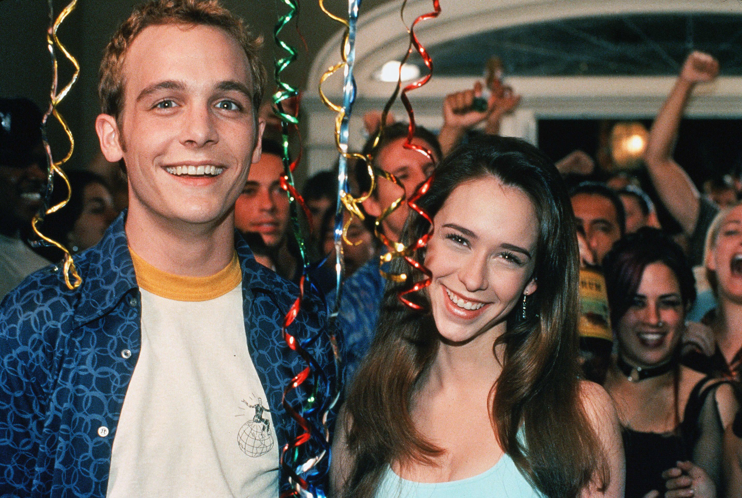 """Ethan Embry and Jennifer Love Hewitt in """"Can't Hardly Wait"""" in 1999."""