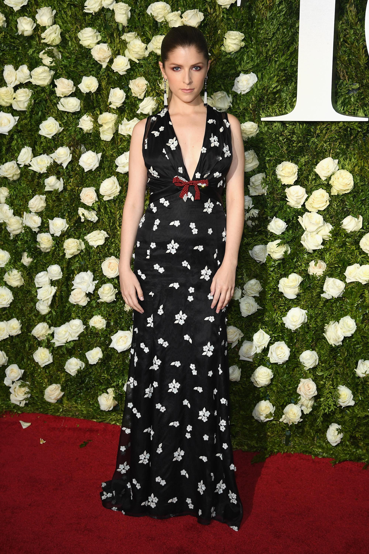 Anna Kendrick arrives at the Tony Awards at Radio City Music Hall in New York City on June 11, 2017.