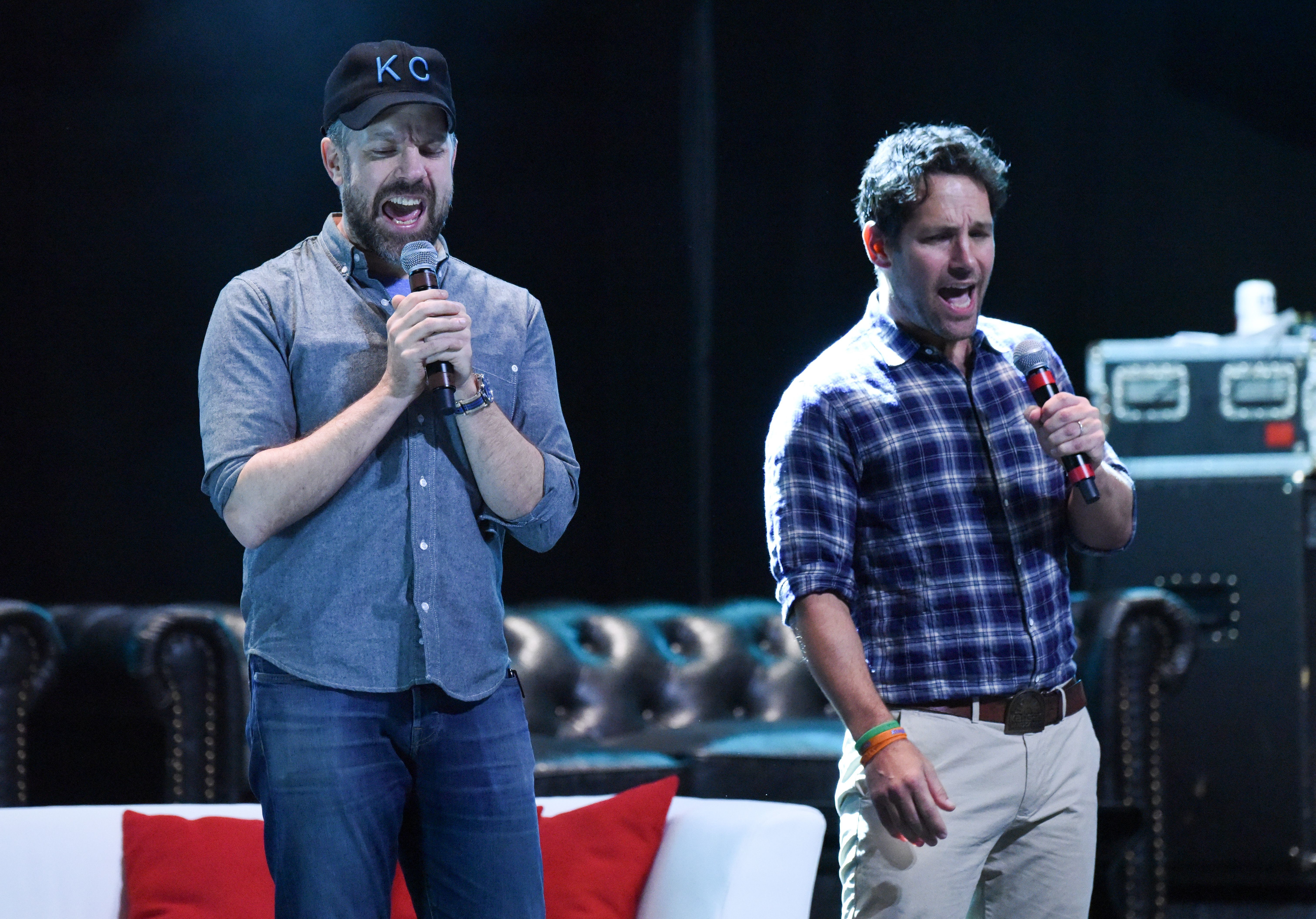 Jason Sudeikis and Paul Rudd attend the Big Slick Party and Auction in Kansas City on June 24, 2017.