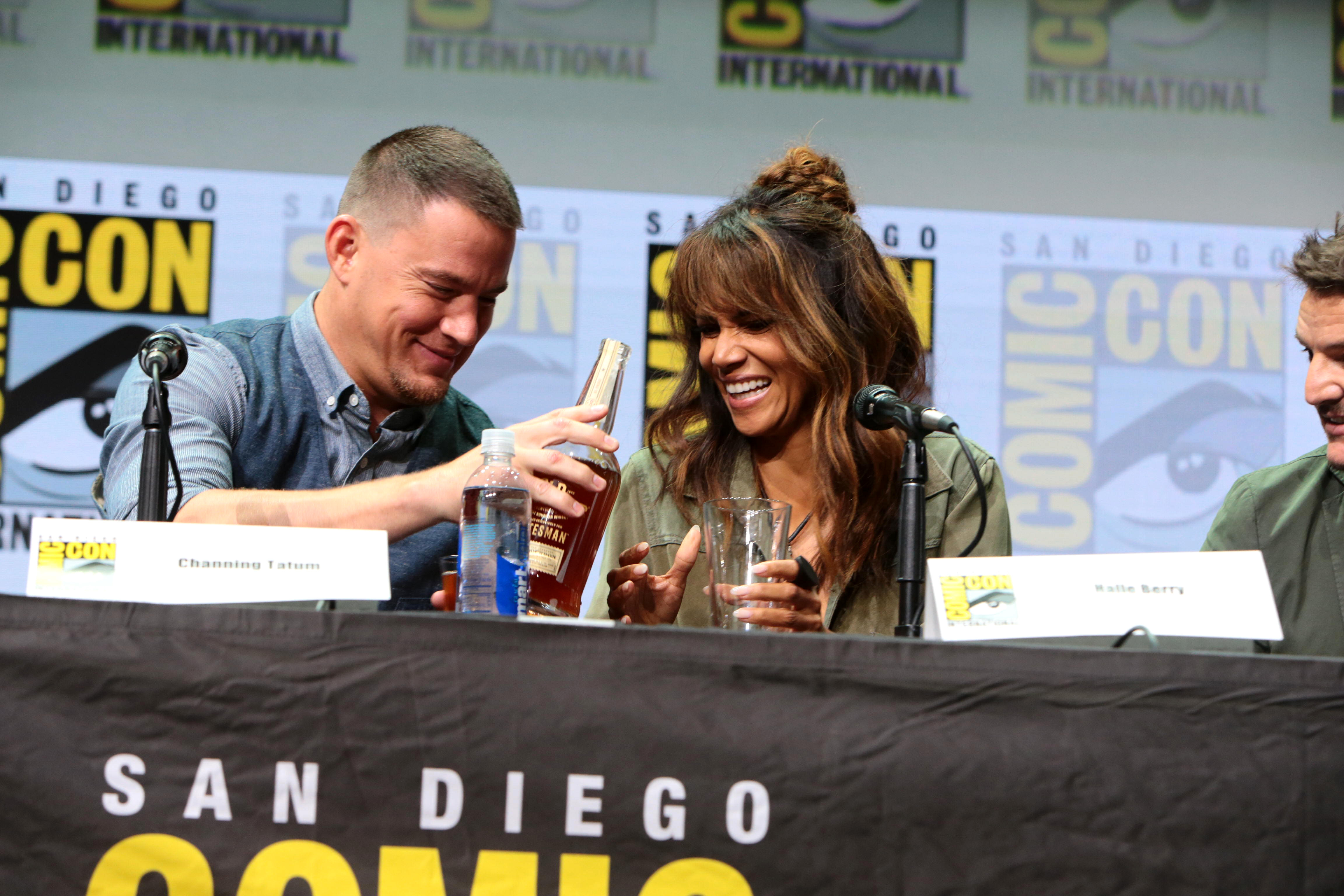 Channing Tatum apologizes to Halle Berry for whiskey stunt with male dancers