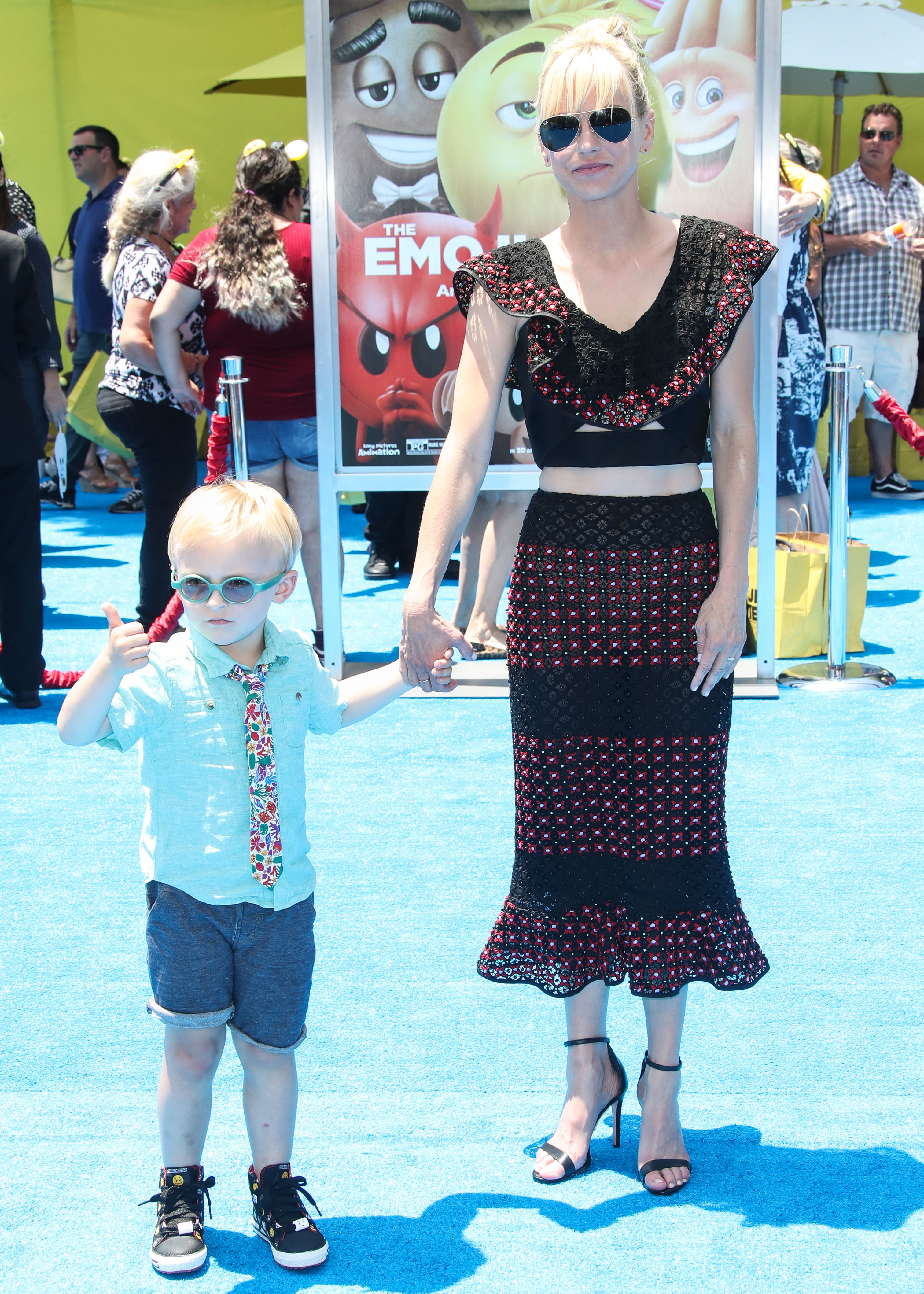 """Anna Faris and her son Jack Pratt were picture perfect at the premiere of """"The Emoji Movie"""" in Los Angeles on July 23, 2017."""