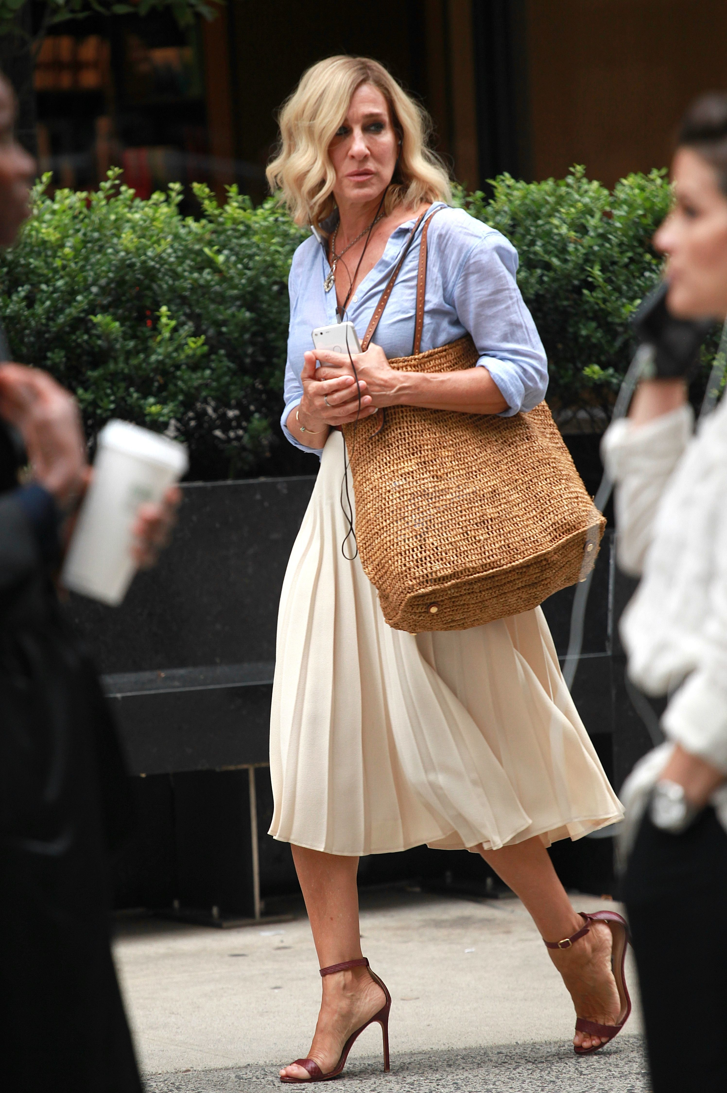 """Sarah Jessica Parker appears on set of the """"Best Day of My Life"""" in New York City on July 24, 2017."""