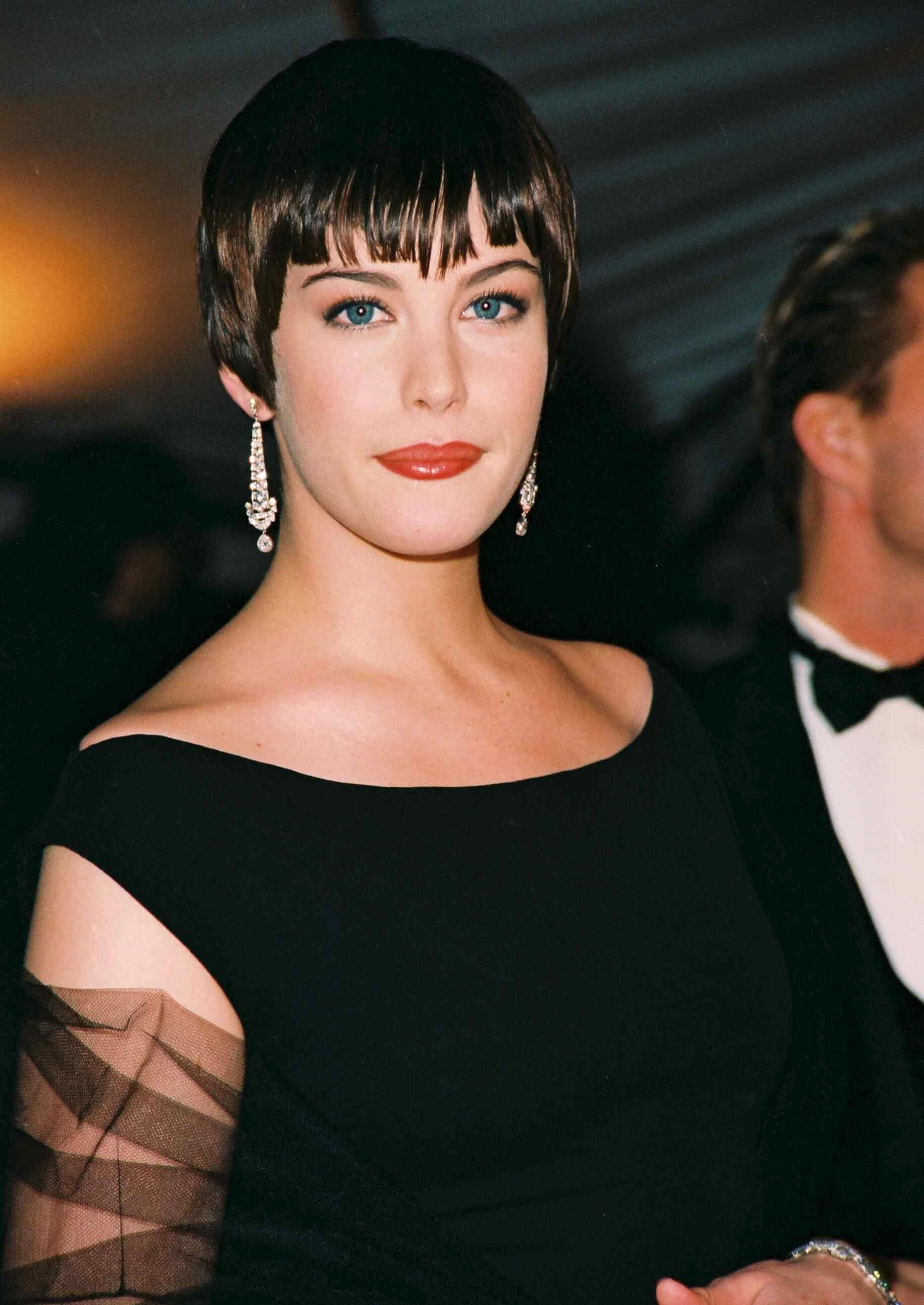 Liv Tyler attends the 50th Met Costume Institute Gala in New York City on Dec. 7, 1998.