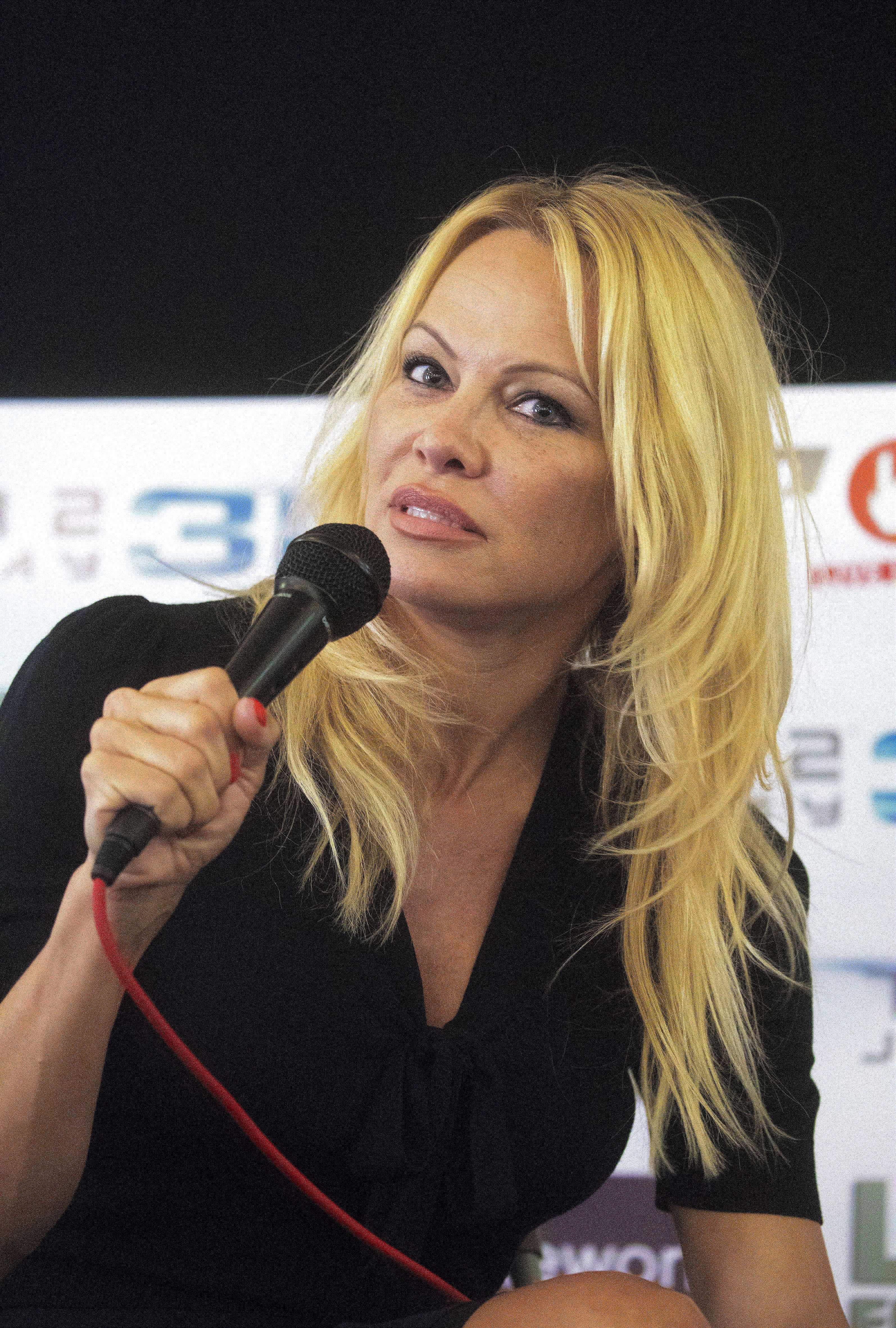 Pamela Anderson attends the London Film and Comic Con on July 30, 2017.