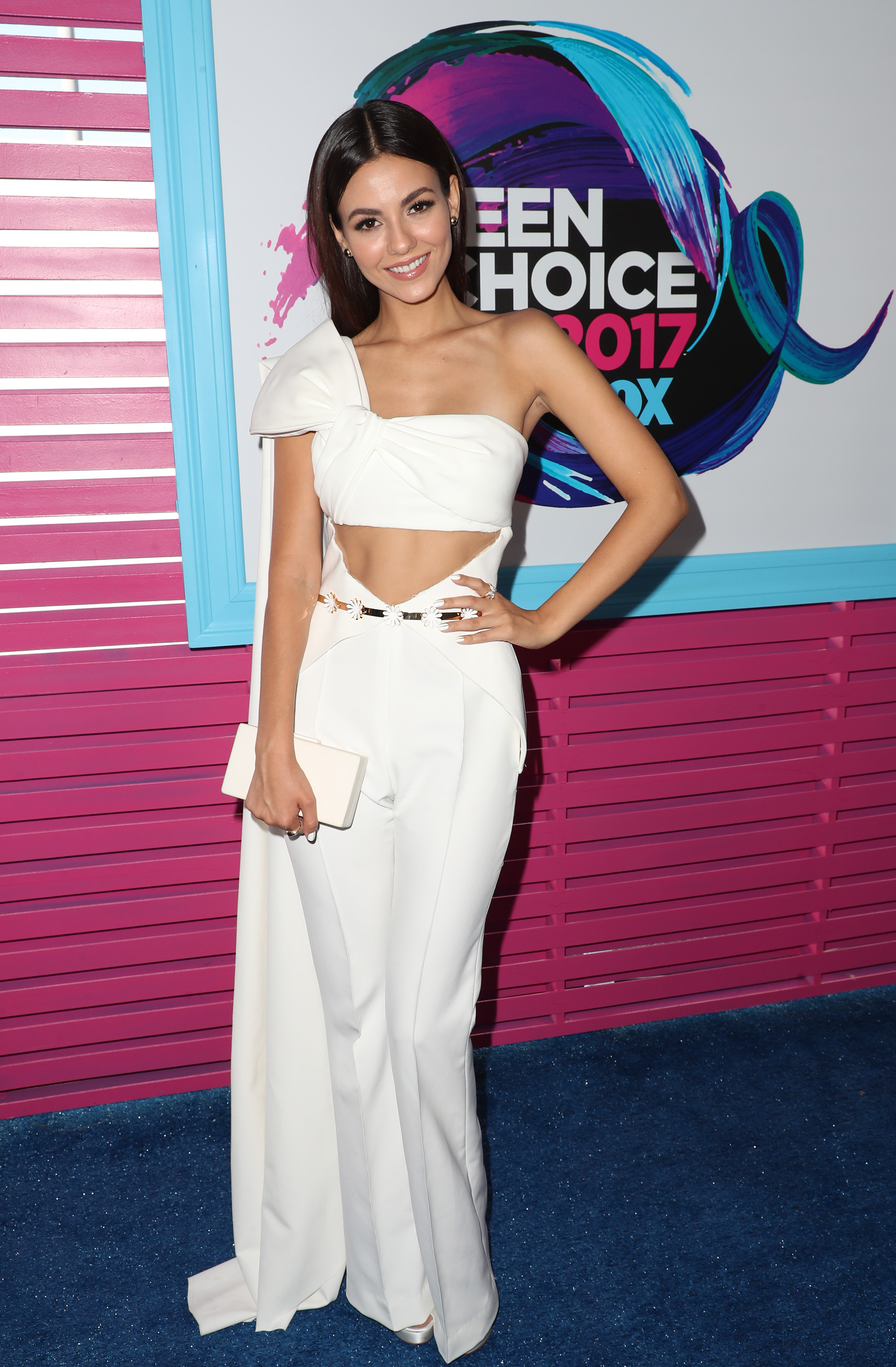 Victoria Justice attends the Teen Choice Awards in Los Angeles on Aug. 13, 2017.