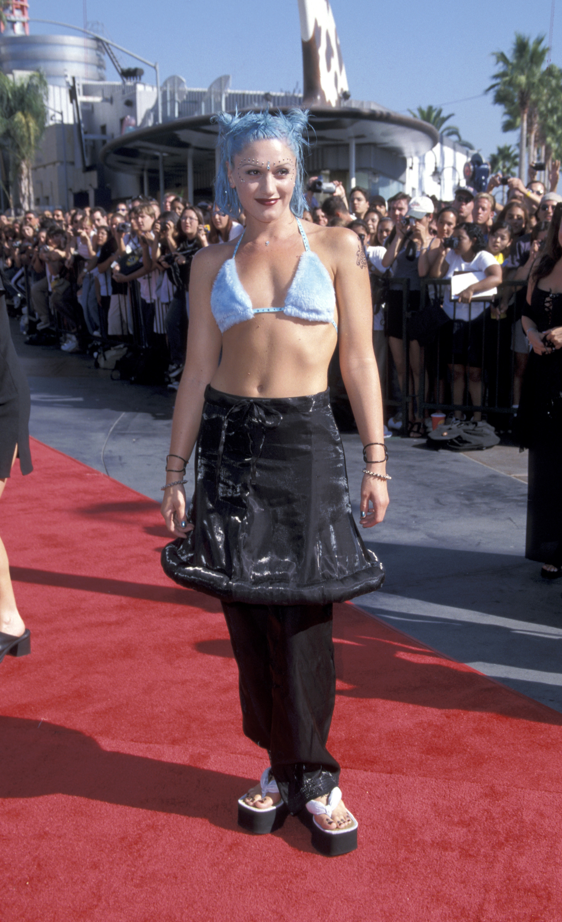 Gwen Stefani on the red carpet at the 1998 MTV VMAs in Los Angeles on Sept. 10, 1998.
