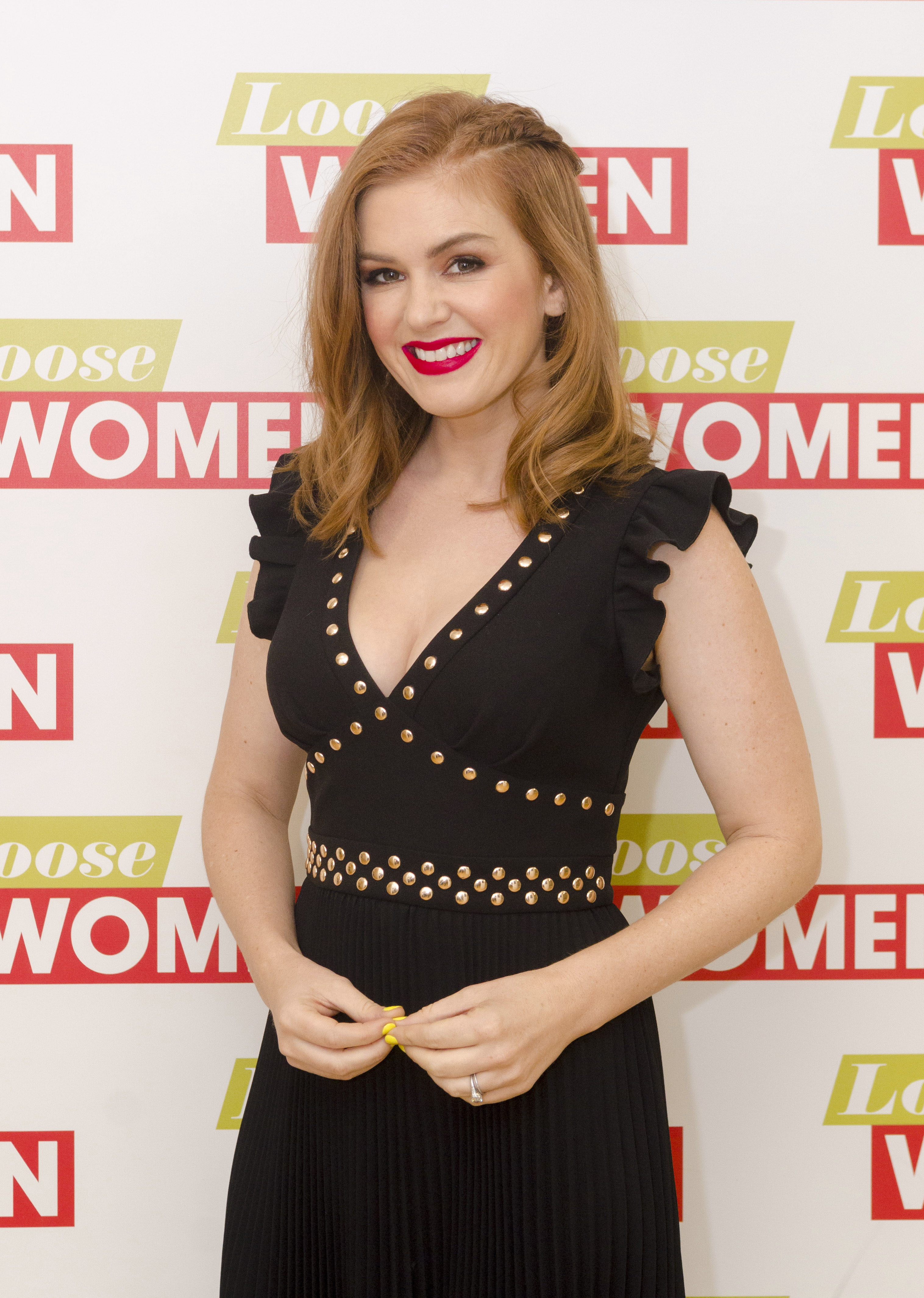 "Isla Fisher appears at ""Loose Women"" TV show in London on Aug. 22, 2017."